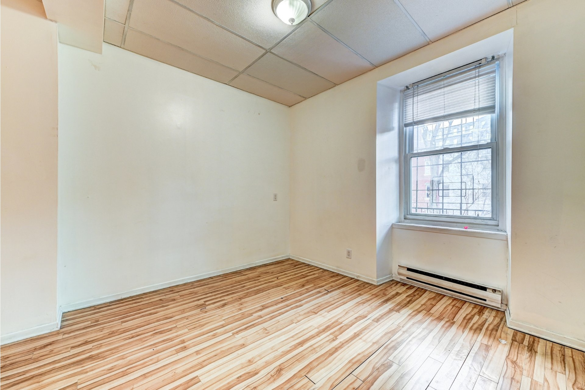 image 20 - Quadruplex For sale Ville-Marie Montréal  - 4 rooms