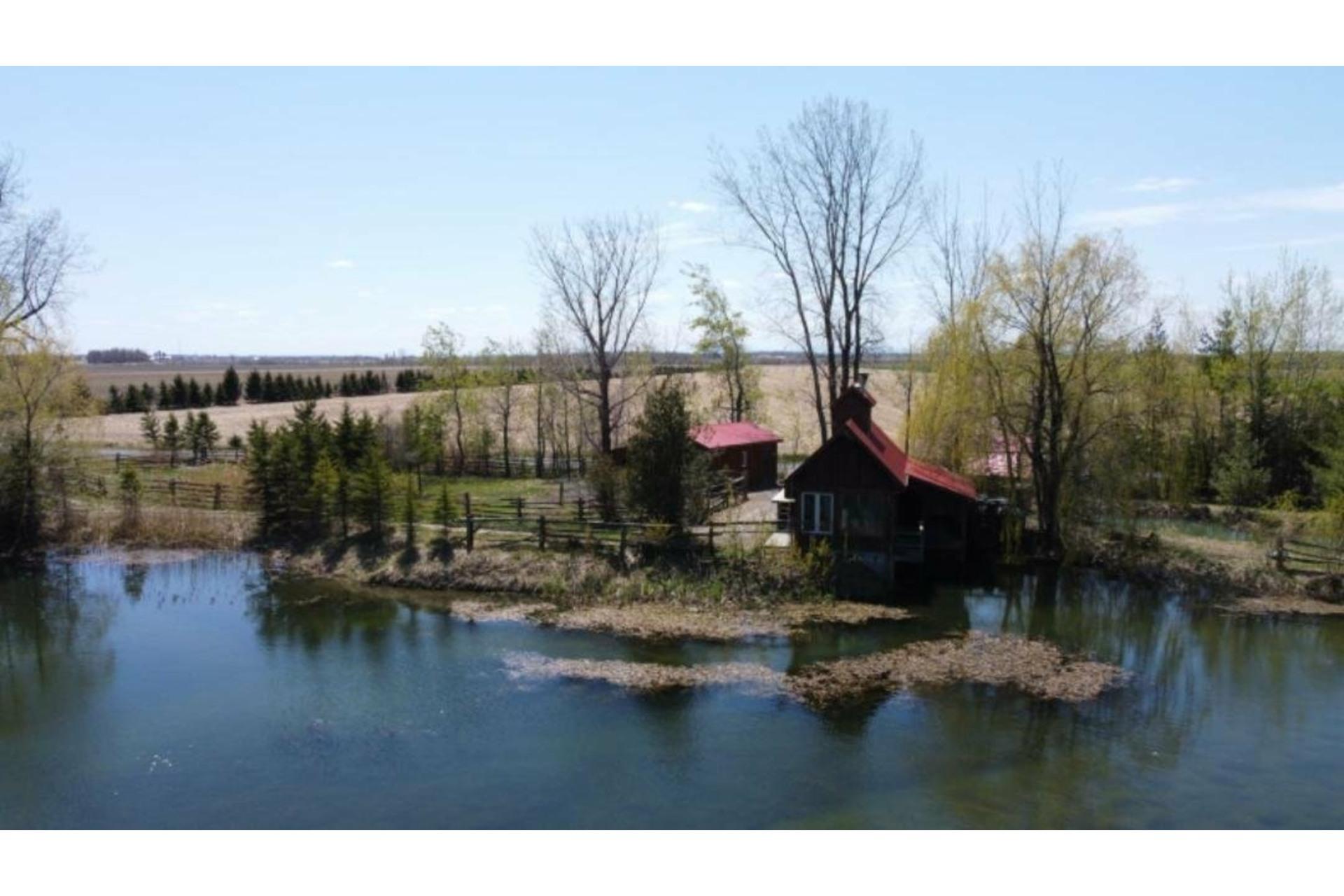 image 0 - Farmhouse For sale Saint-Blaise-sur-Richelieu - 1 room