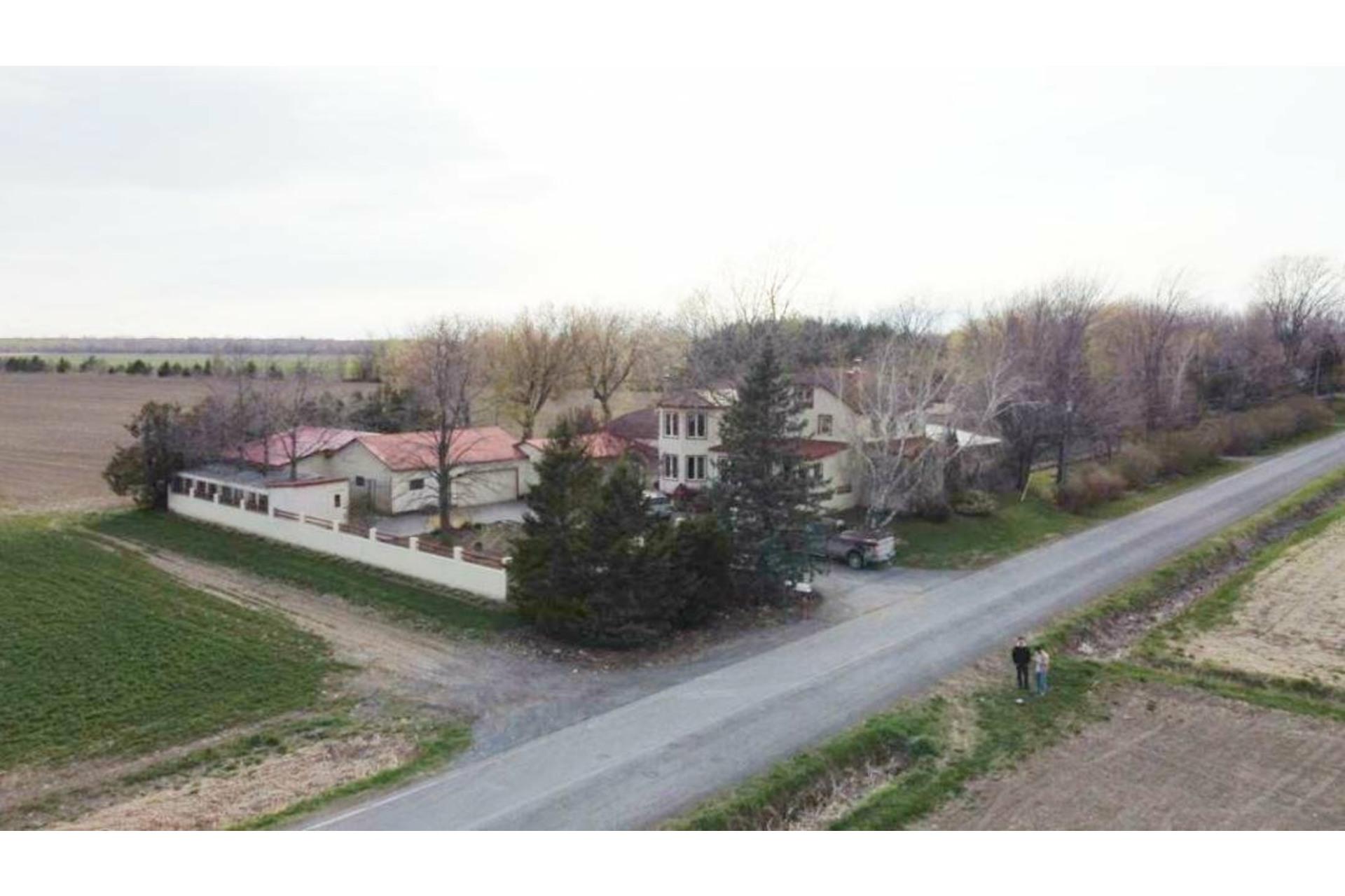 image 4 - Farmhouse For sale Saint-Valentin - 17 rooms
