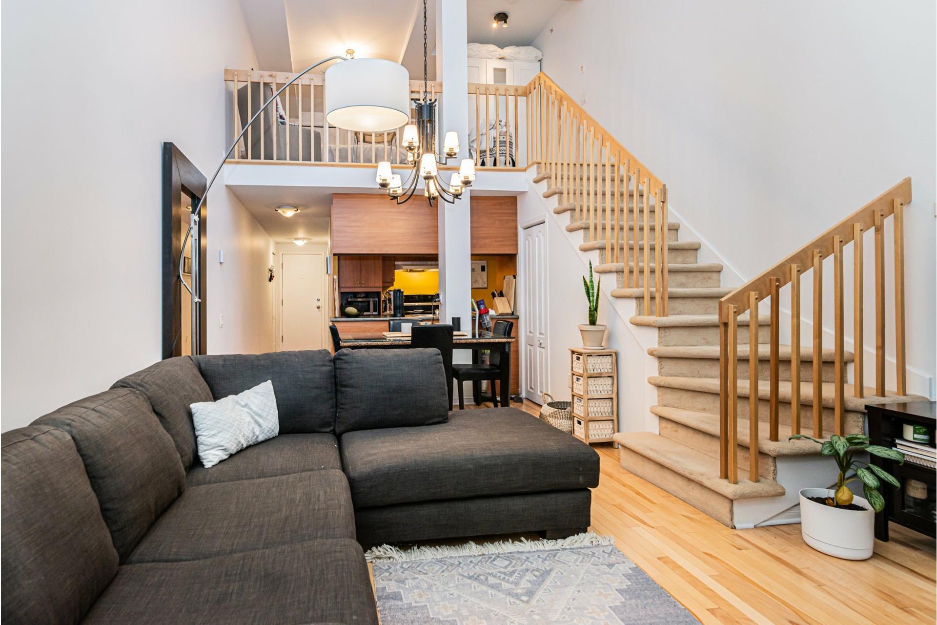 image 0 - Appartement À vendre Lachine Montréal  - 5 pièces