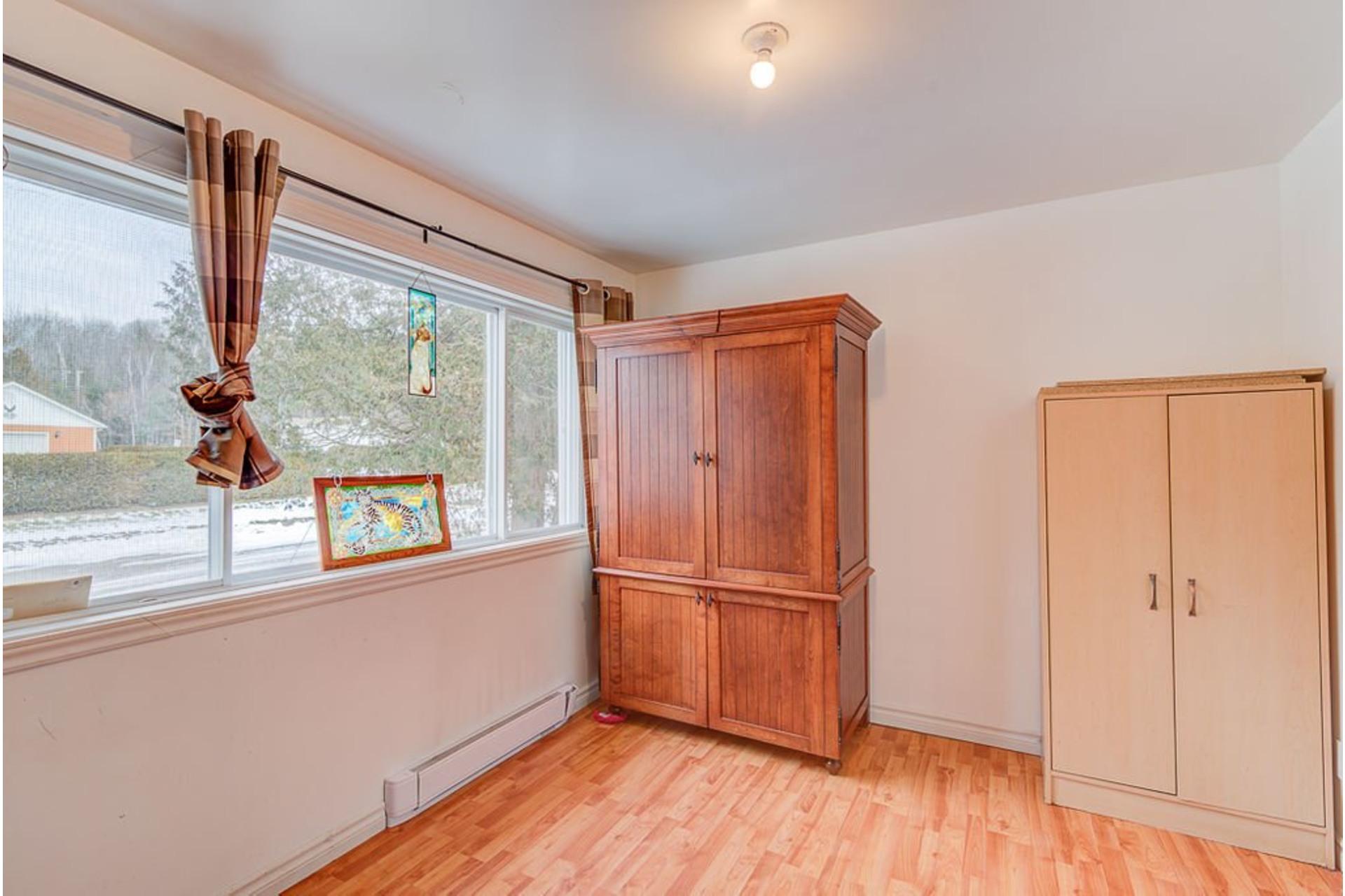 image 18 - House For sale Sainte-Julienne - 7 rooms