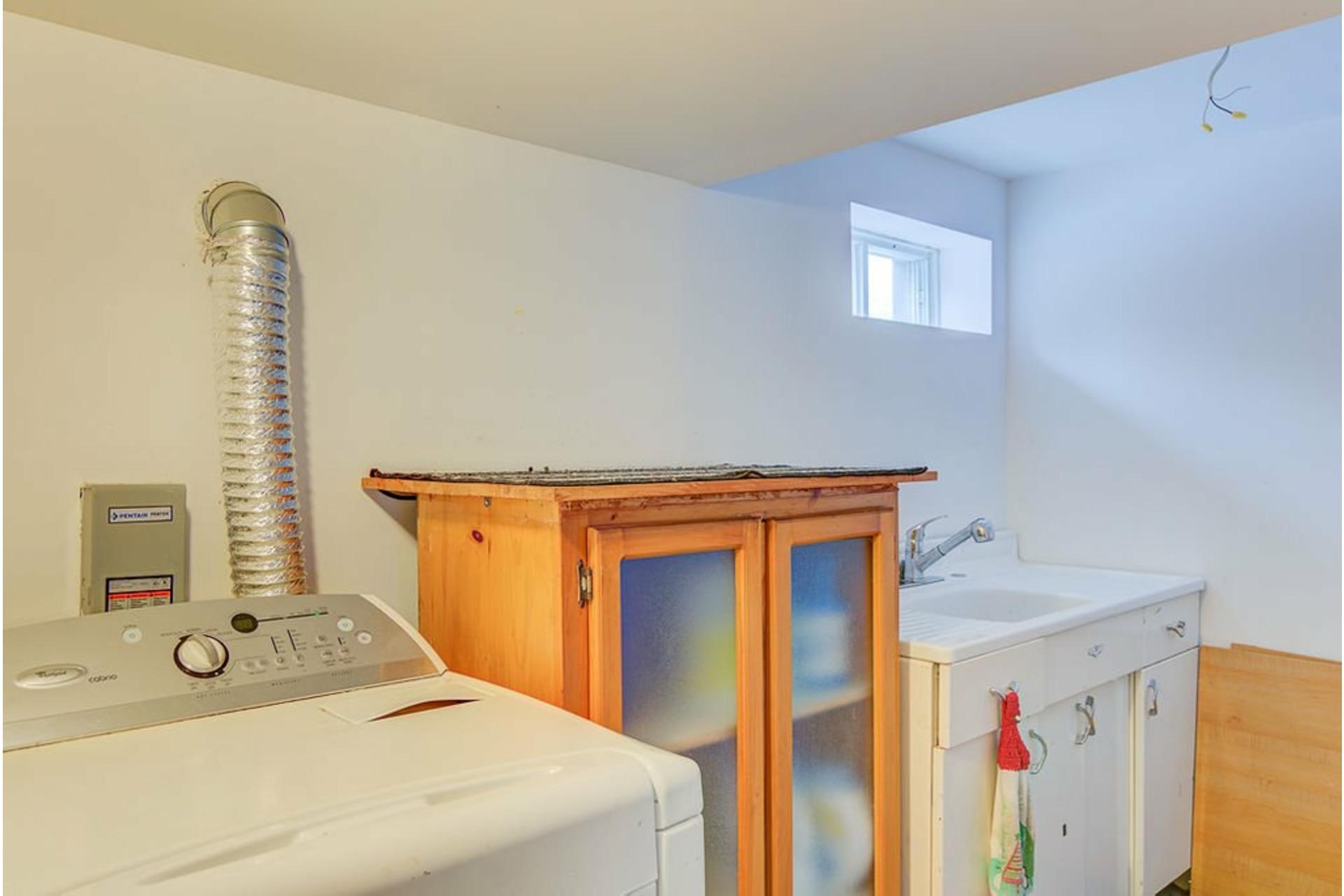image 26 - House For sale Sainte-Julienne - 7 rooms