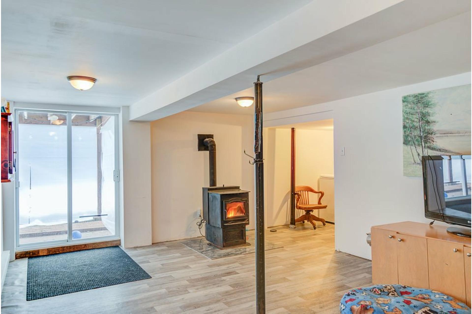 image 23 - House For sale Sainte-Julienne - 7 rooms