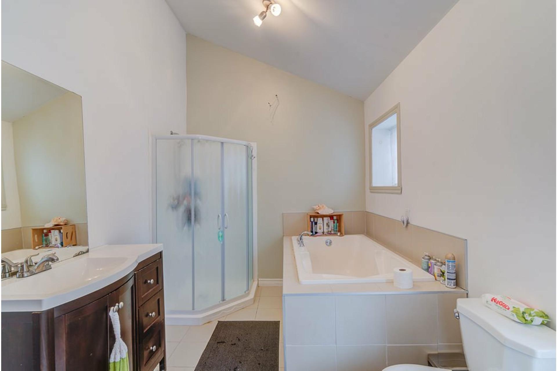 image 20 - House For sale Sainte-Julienne - 7 rooms