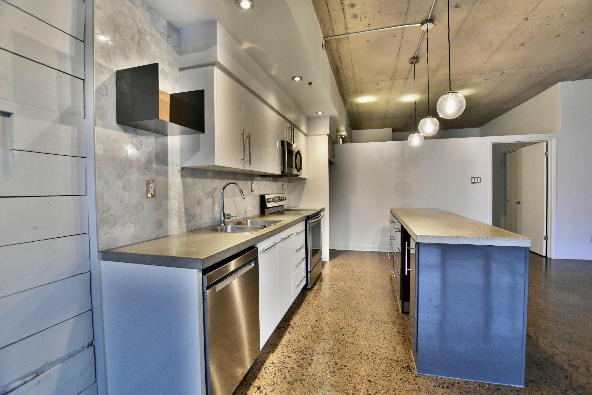 image 2 - Departamento Para alquiler Villeray/Saint-Michel/Parc-Extension Montréal  - 5 habitaciones