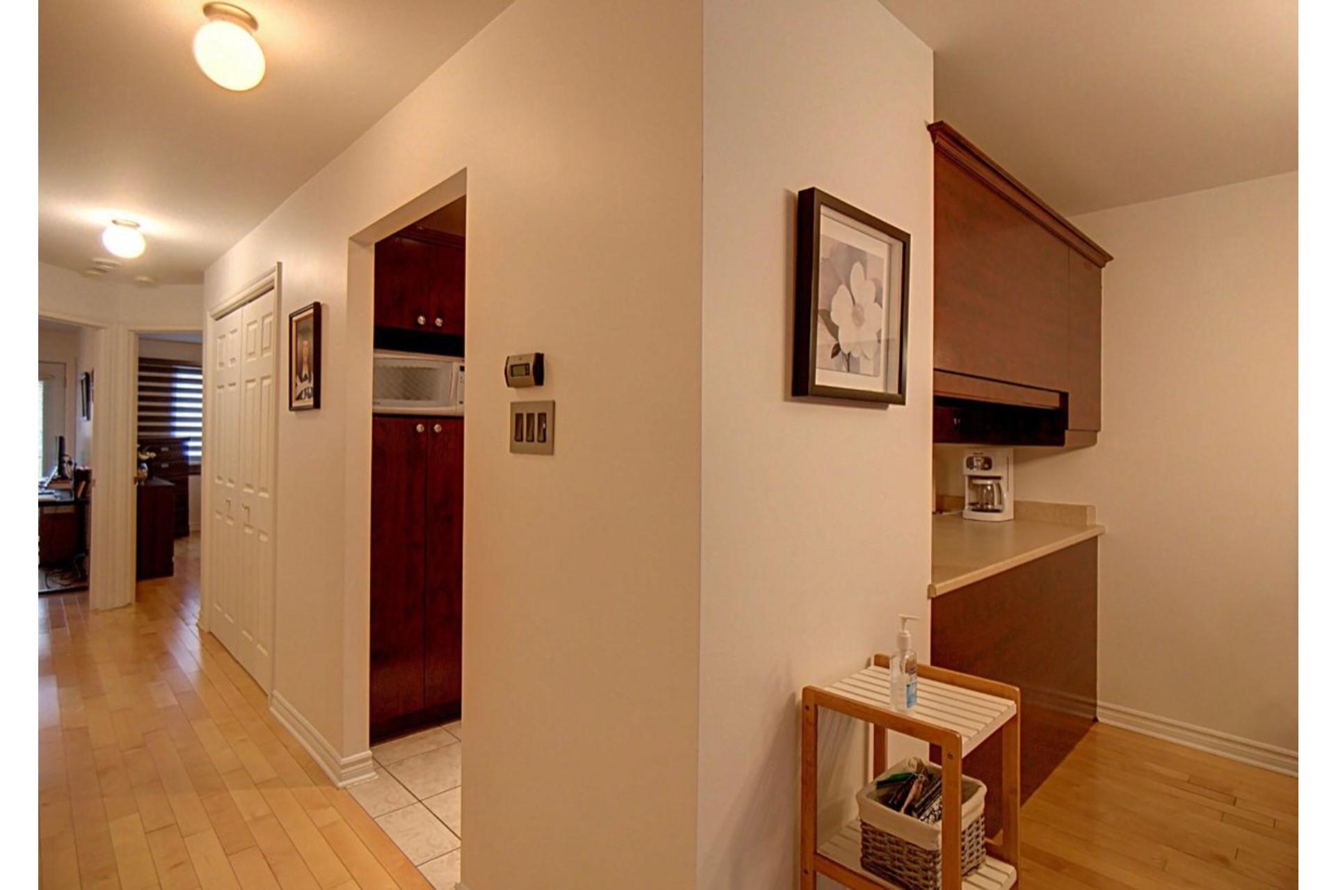 image 6 - Appartement À vendre Chomedey Laval  - 6 pièces