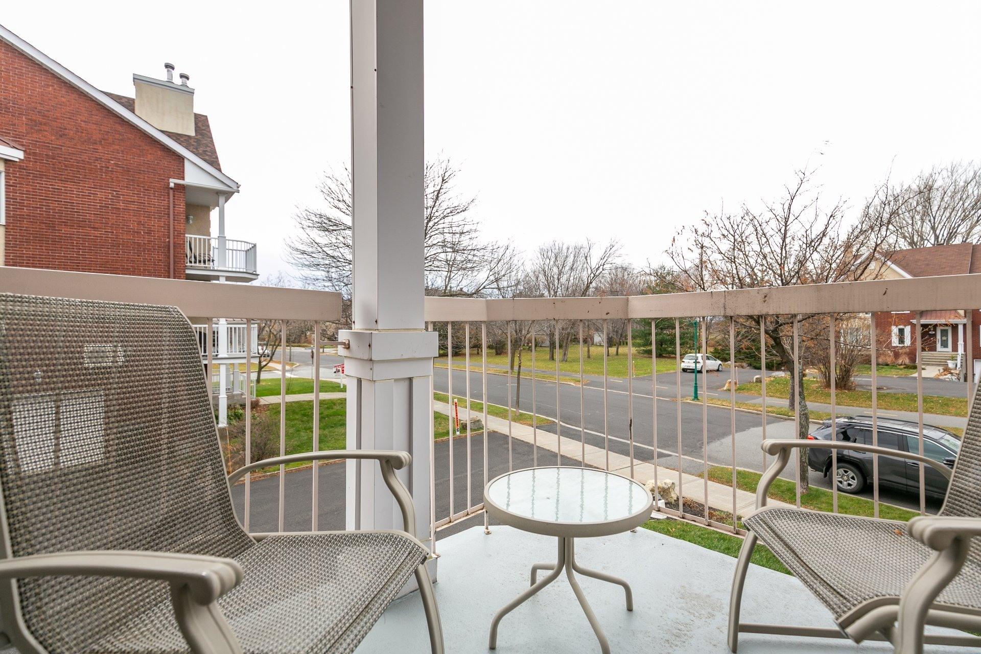 image 21 - Appartement À vendre Mont-Saint-Hilaire - 7 pièces