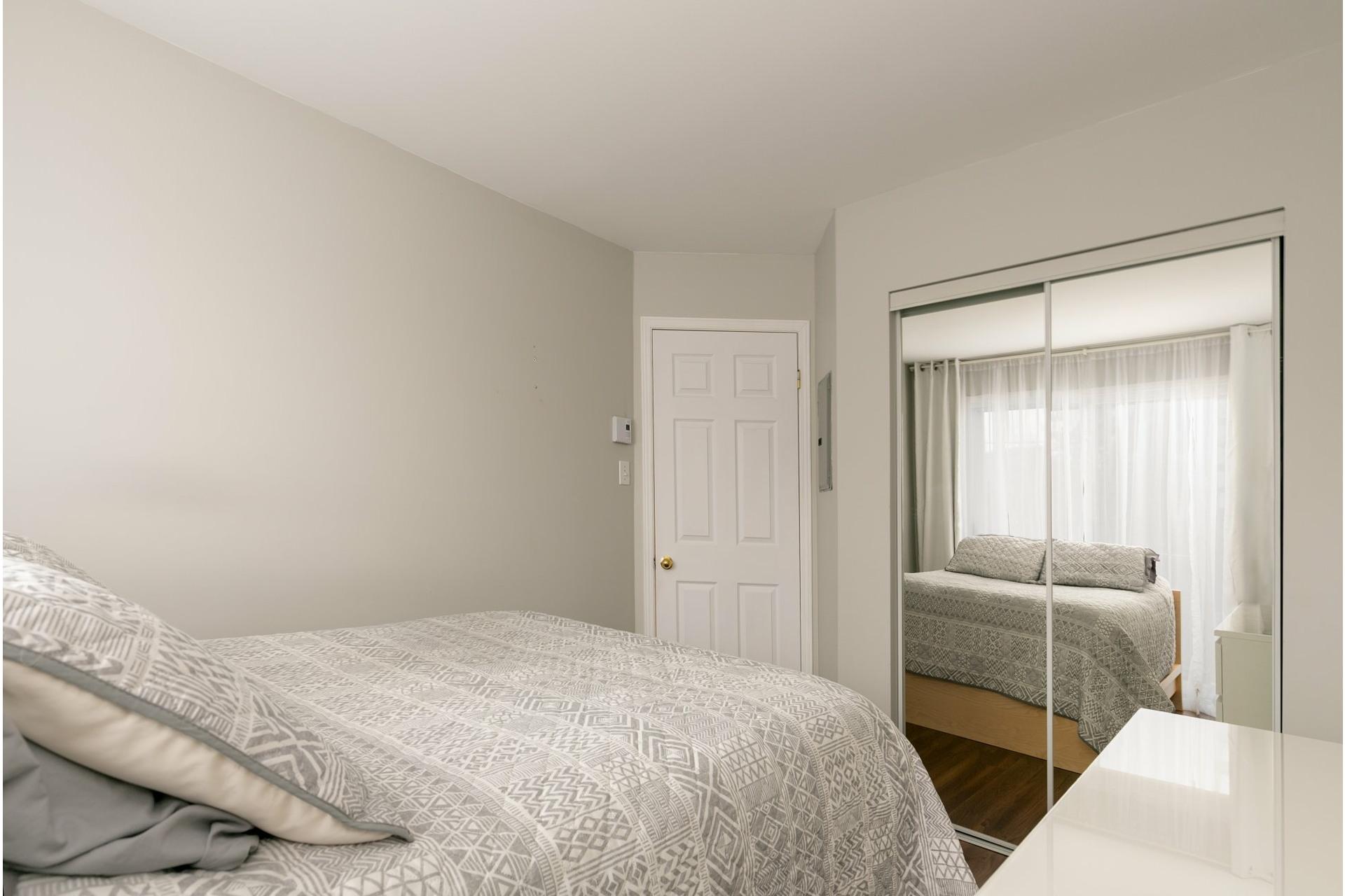 image 13 - Appartement À vendre Mont-Saint-Hilaire - 7 pièces