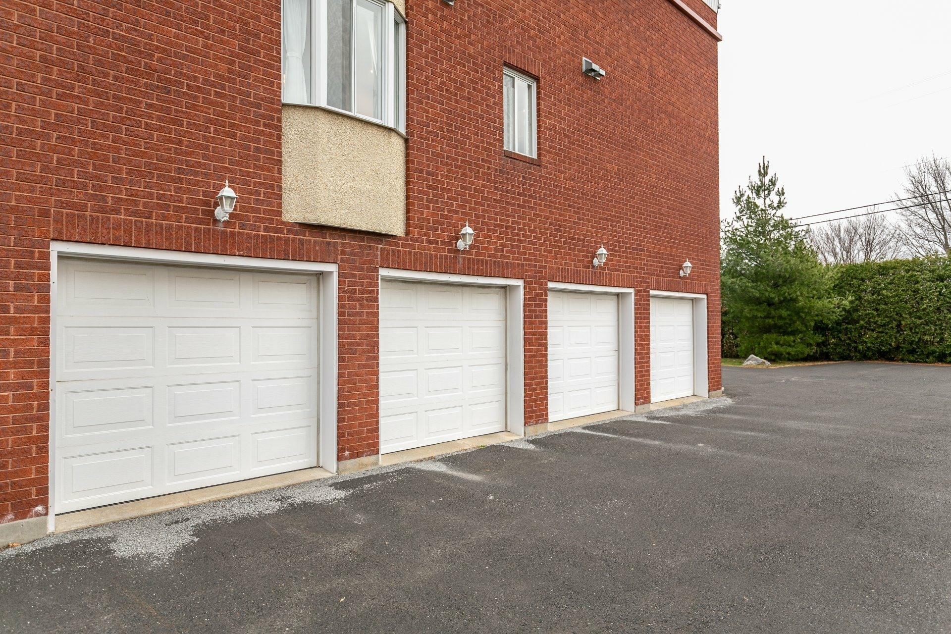 image 16 - Appartement À vendre Mont-Saint-Hilaire - 7 pièces