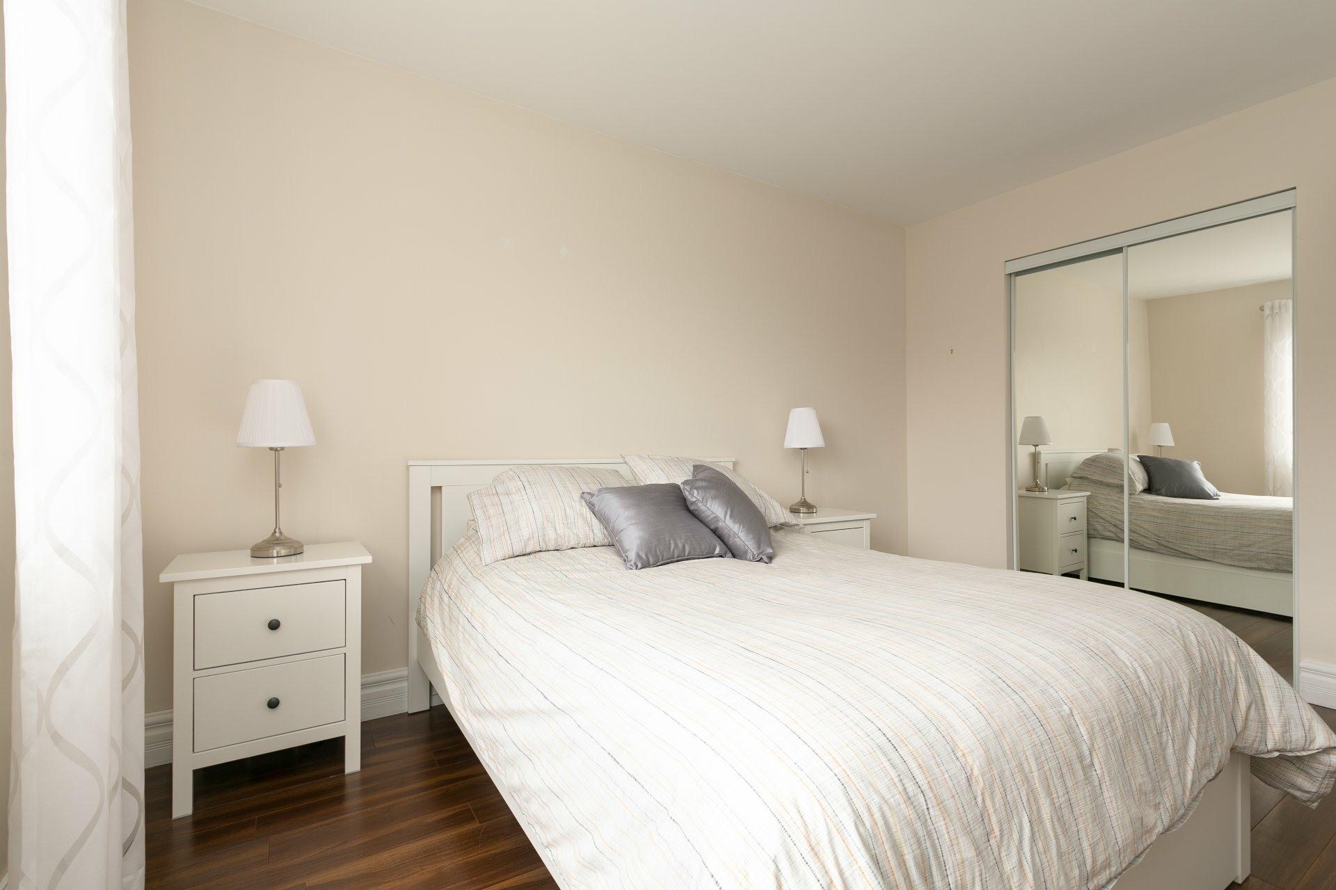 image 11 - Appartement À vendre Mont-Saint-Hilaire - 7 pièces