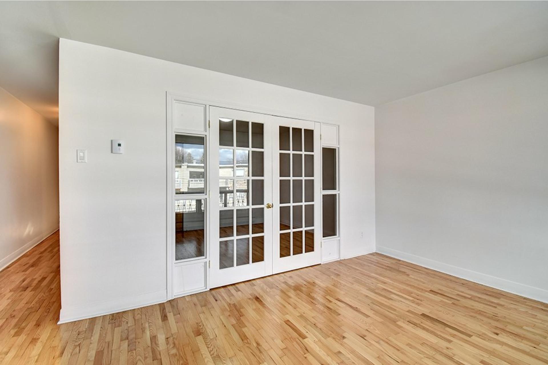image 3 - Apartment For rent LaSalle Montréal  - 4 rooms
