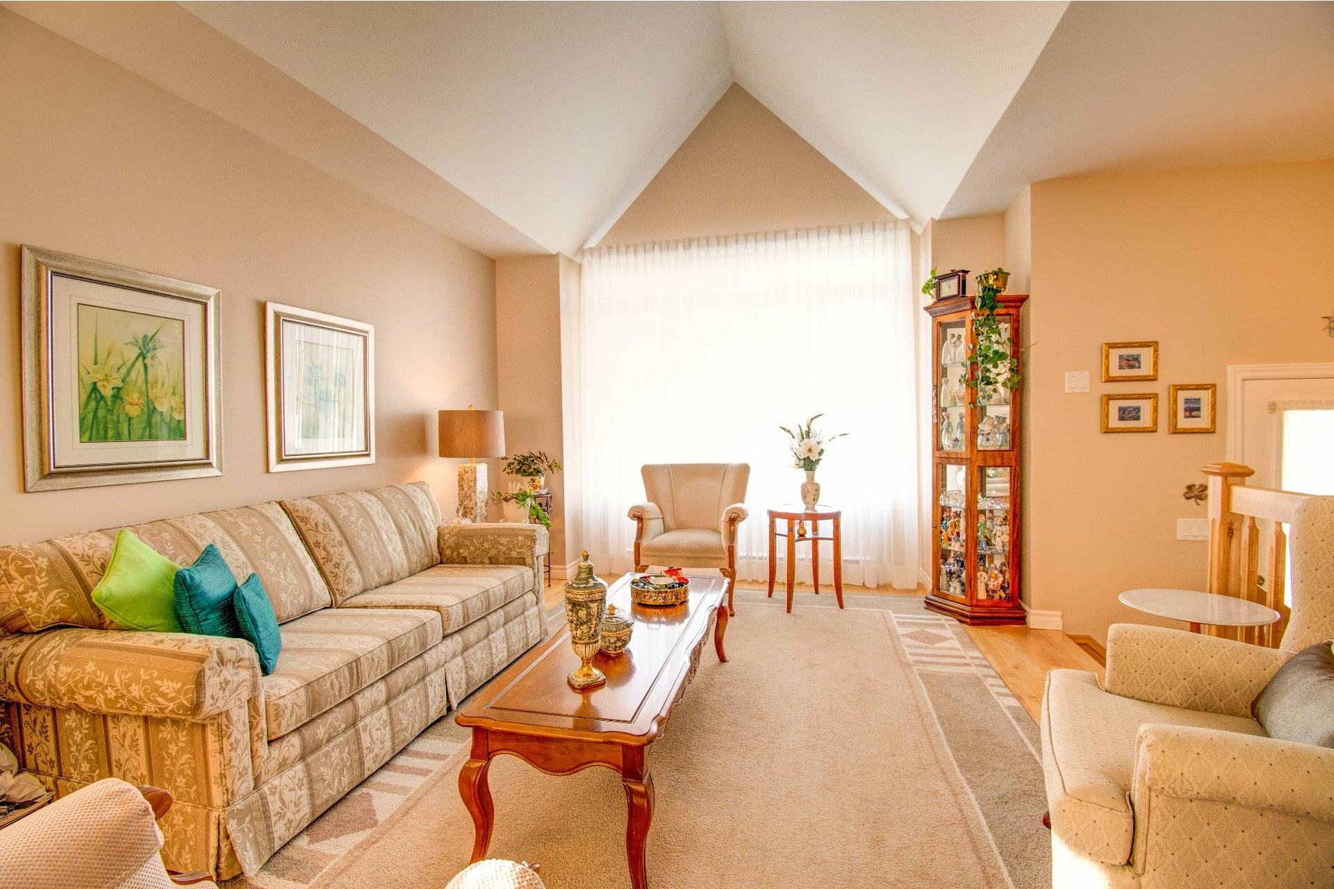 image 1 - House For sale Trois-Rivières - 13 rooms