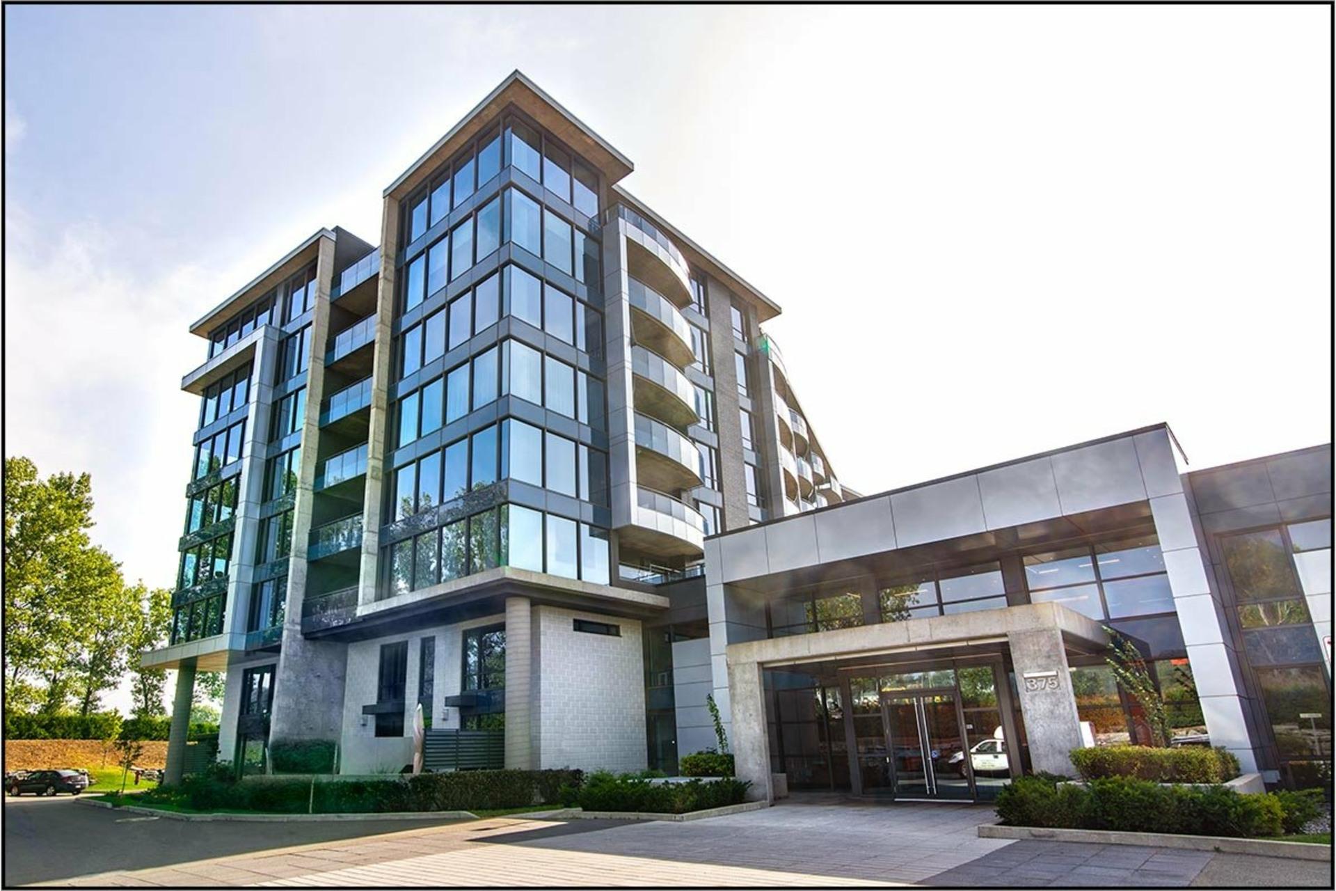 image 0 - Apartment For sale Les Rivières Québec  - 7 rooms