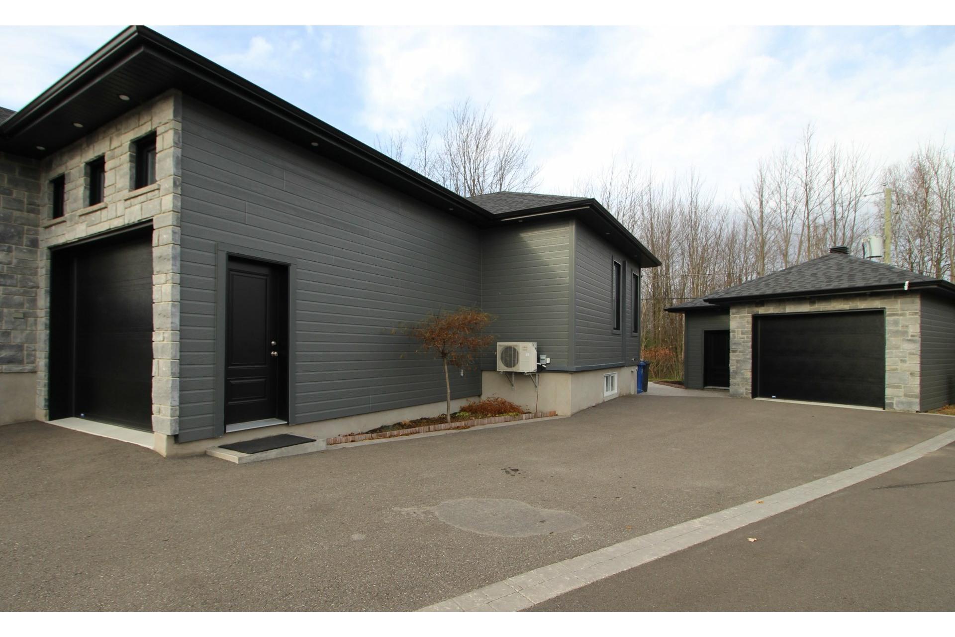 image 32 - Maison À vendre Notre-Dame-des-Prairies - 15 pièces