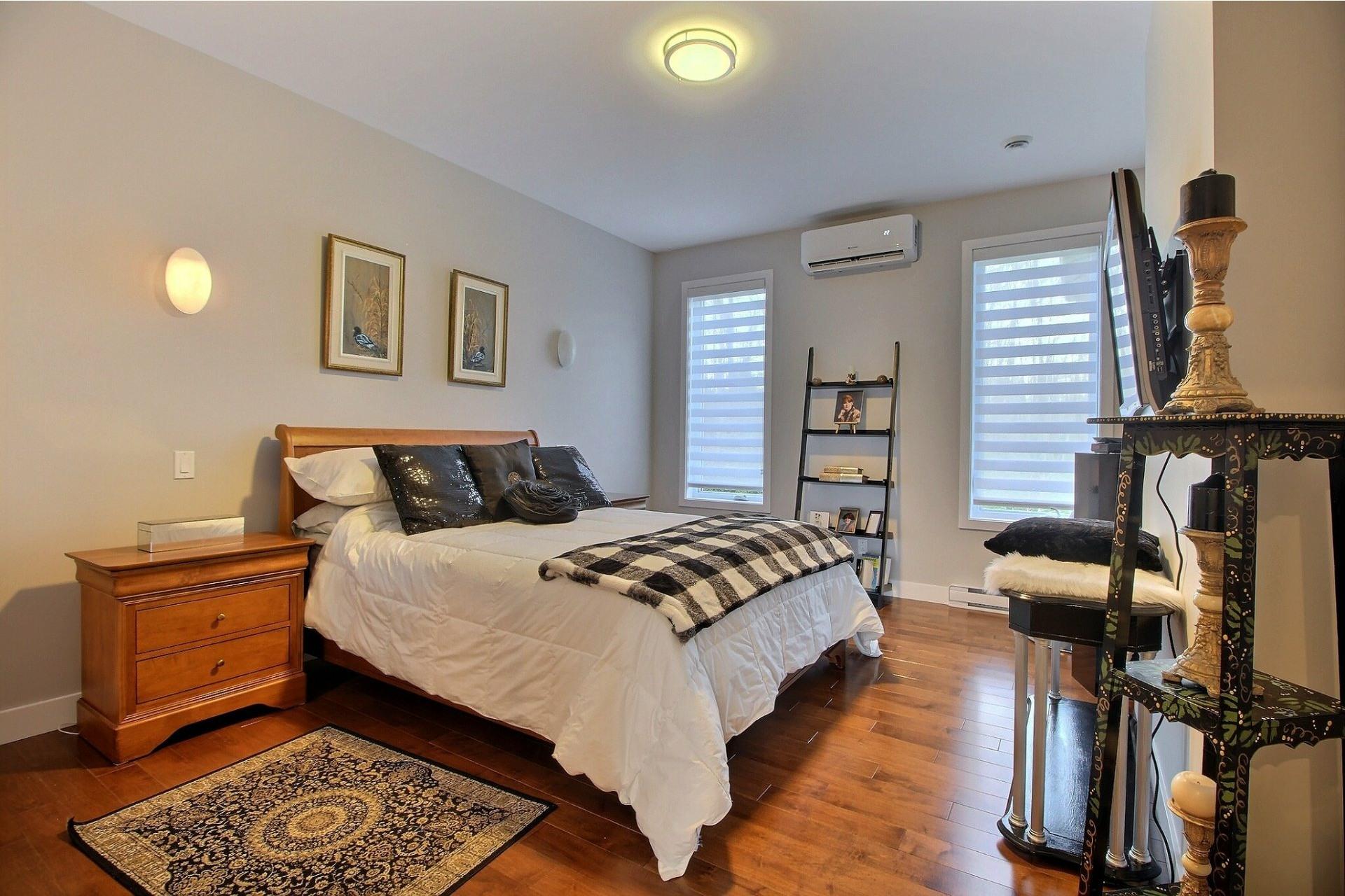 image 19 - House For sale Notre-Dame-des-Prairies - 15 rooms