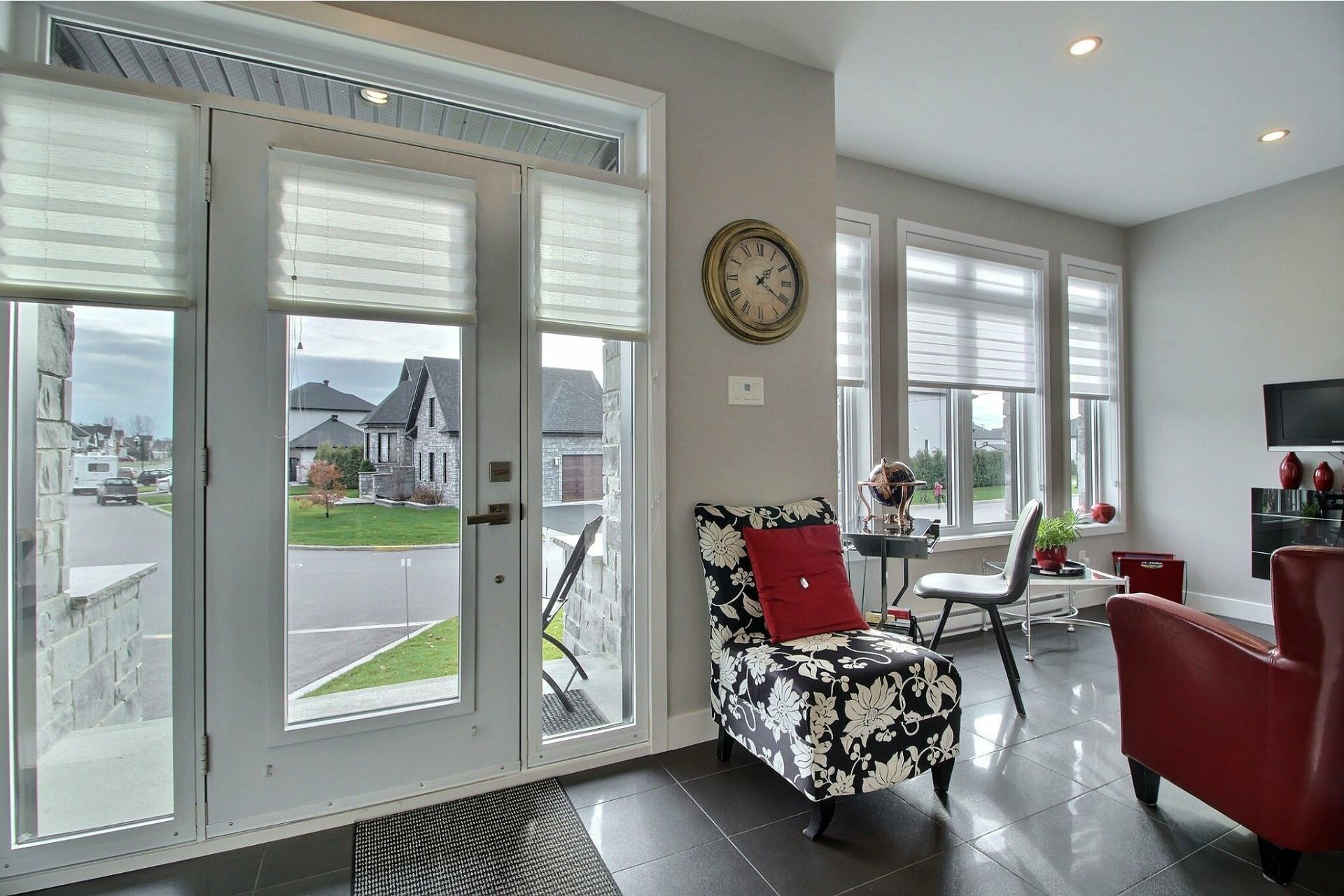 image 1 - House For sale Notre-Dame-des-Prairies - 15 rooms