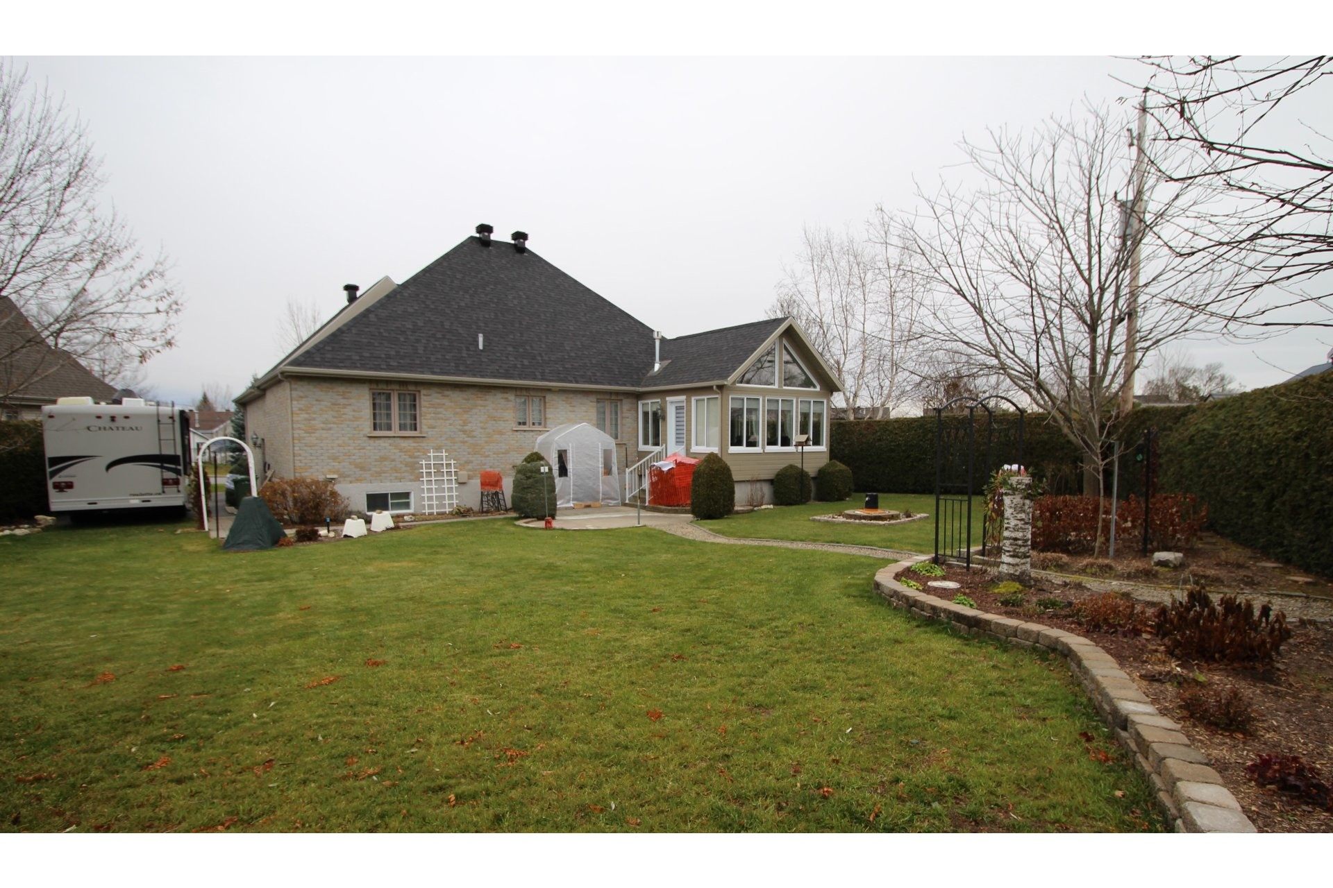 image 30 - House For sale Notre-Dame-des-Prairies - 11 rooms