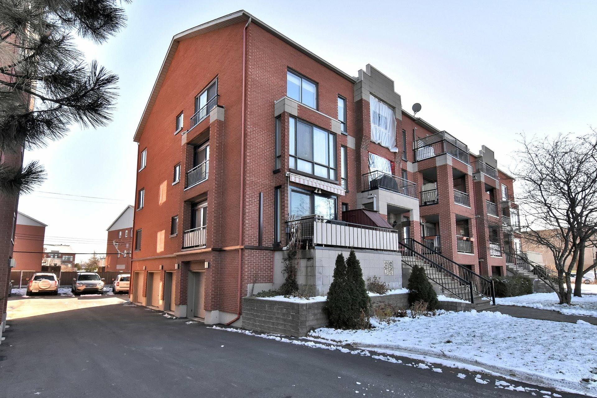 image 32 - Departamento En venta Saint-Léonard Montréal  - 8 habitaciones
