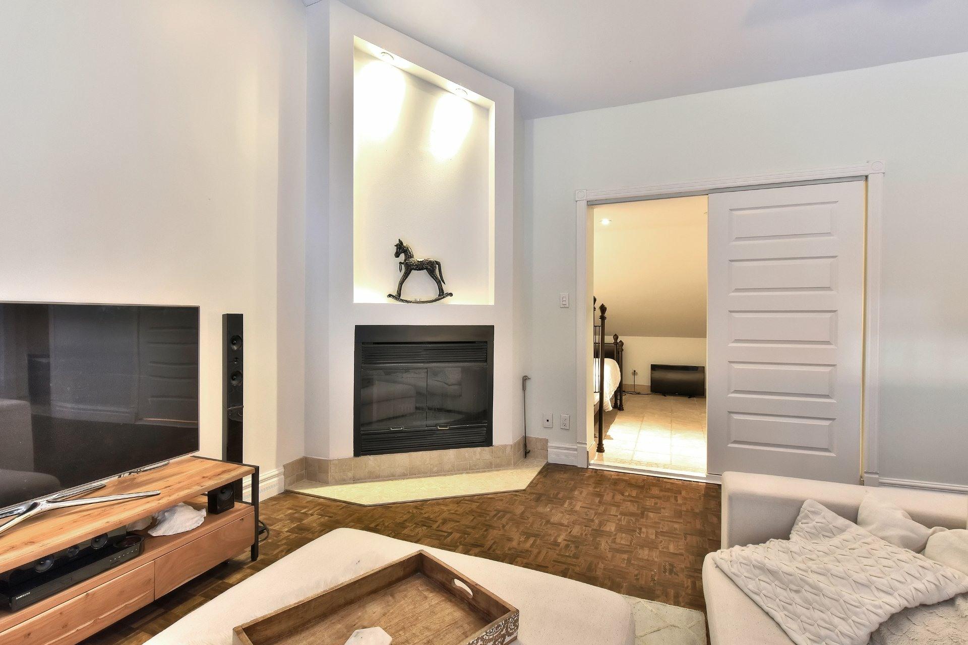 image 12 - Departamento En venta Saint-Léonard Montréal  - 8 habitaciones