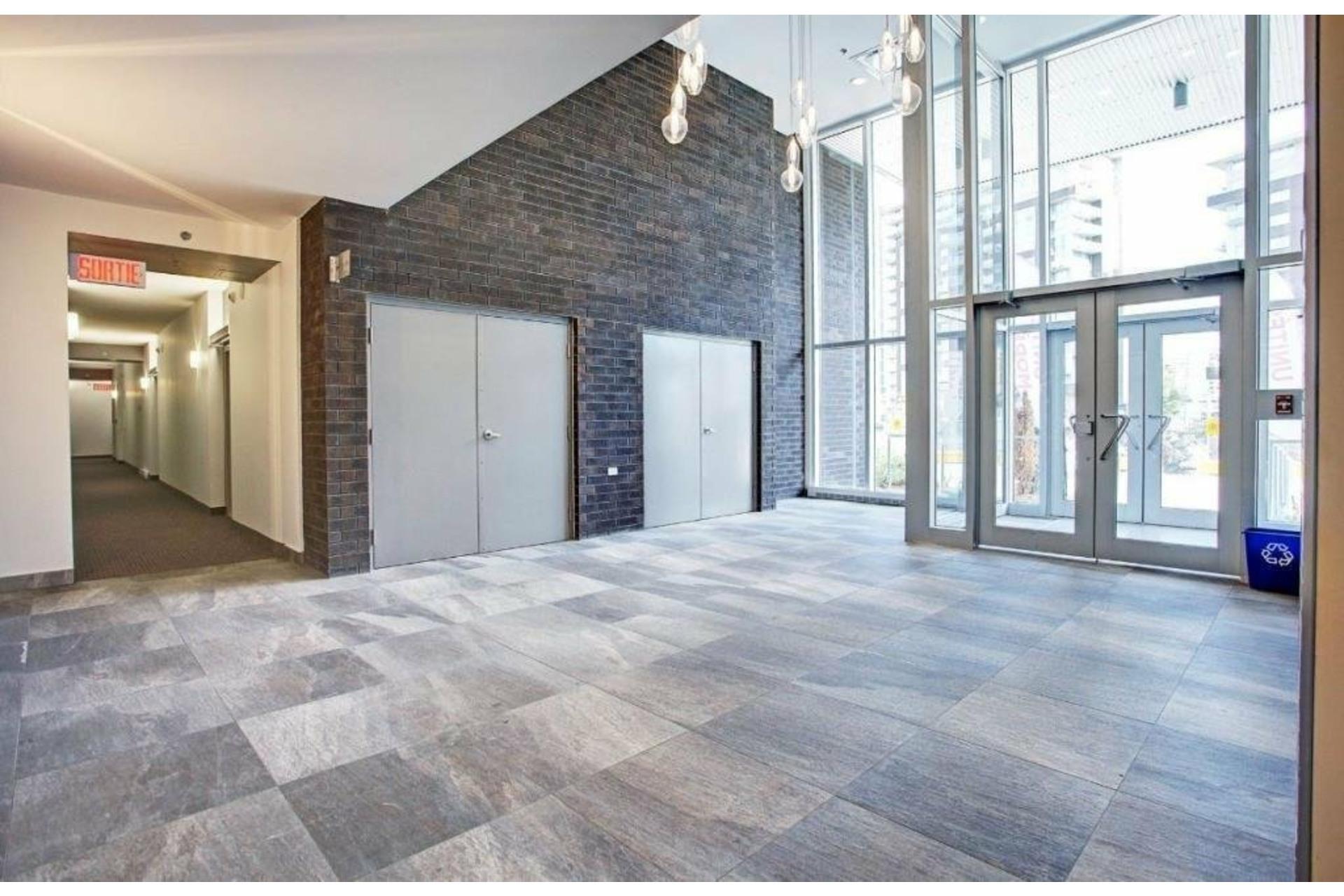 image 1 - Apartment For sale Ahuntsic-Cartierville Montréal  - 7 rooms