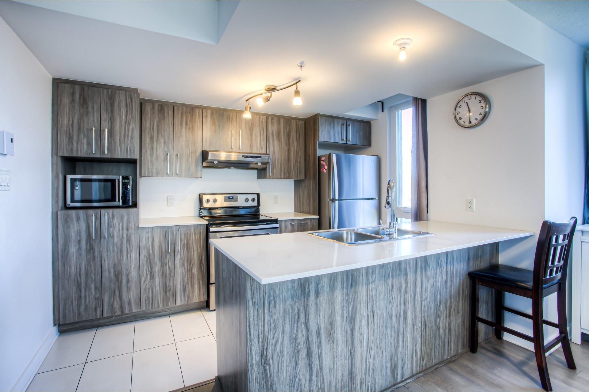 image 4 - Apartment For sale Ahuntsic-Cartierville Montréal  - 7 rooms