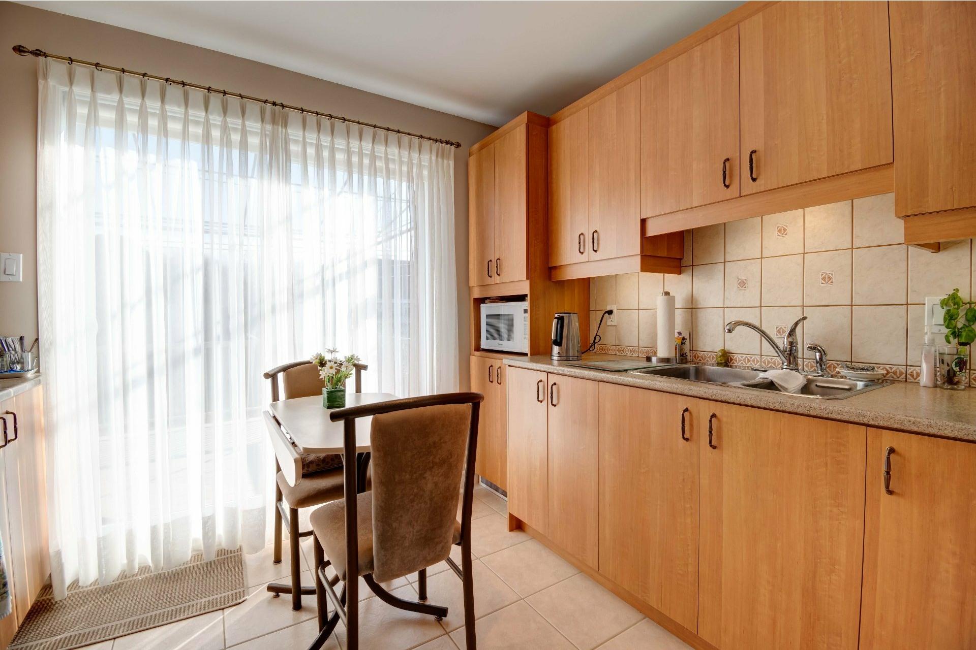 image 7 - House For sale Trois-Rivières - 13 rooms