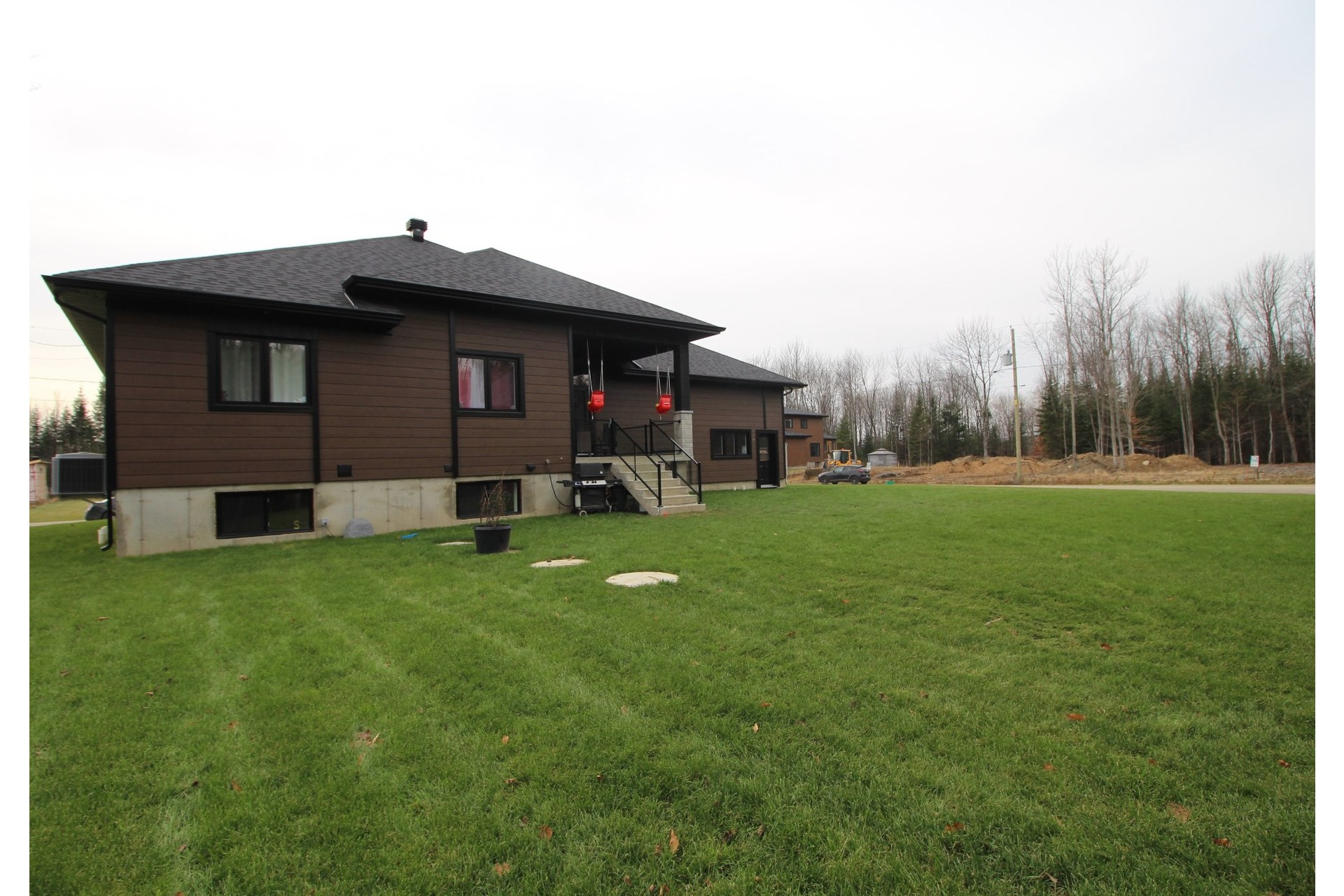 image 41 - House For sale Saint-Ambroise-de-Kildare - 12 rooms