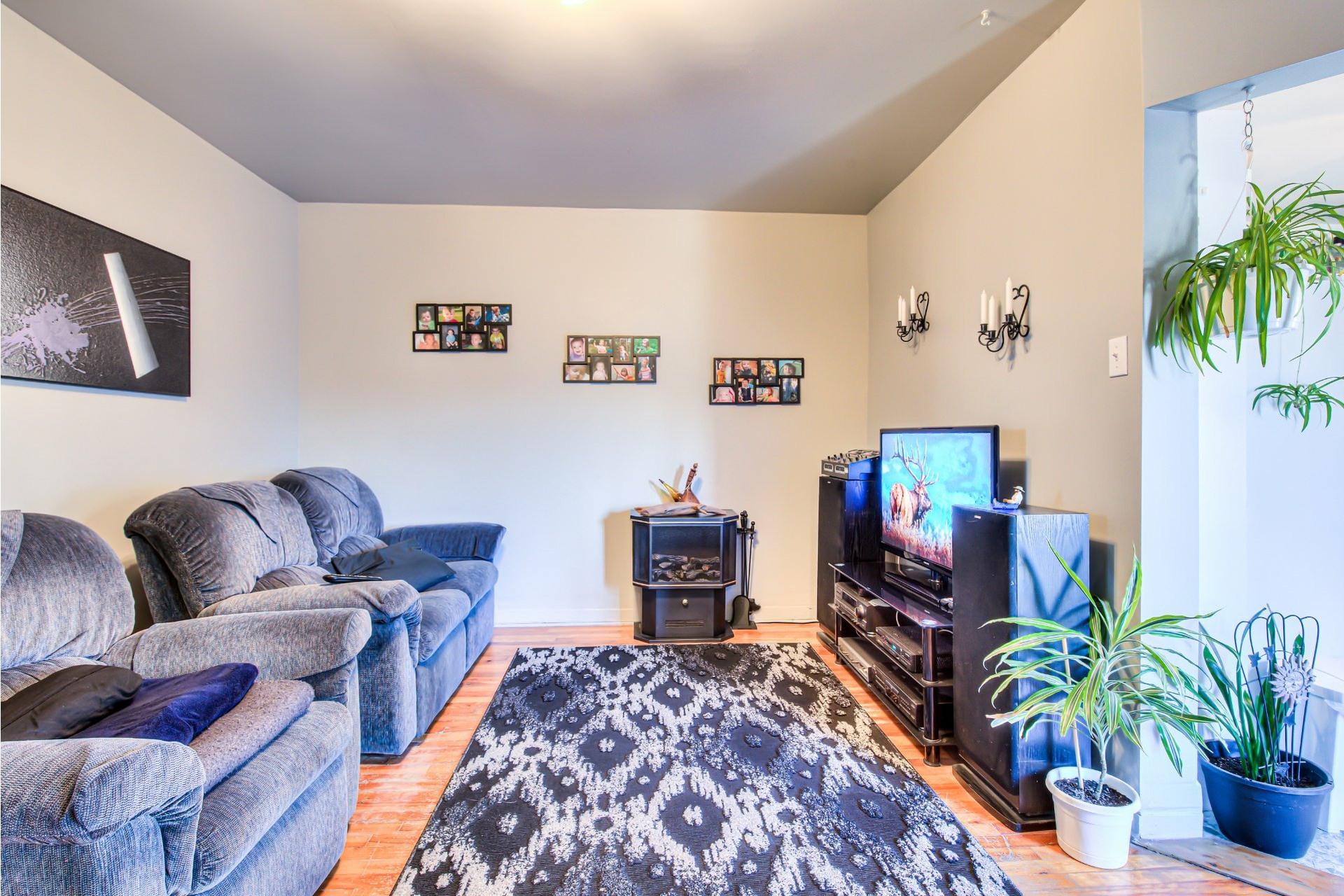 image 15 - Triplex For sale Le Sud-Ouest Montréal  - 5 rooms