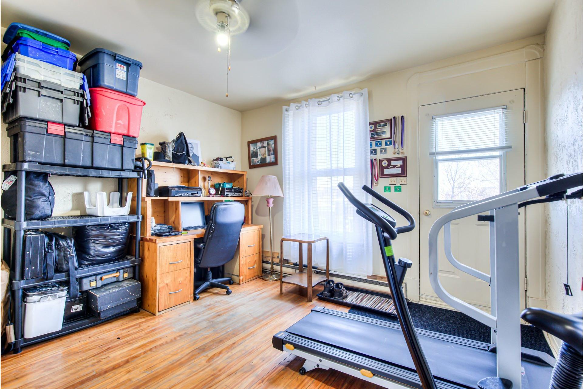 image 19 - Triplex For sale Le Sud-Ouest Montréal  - 5 rooms