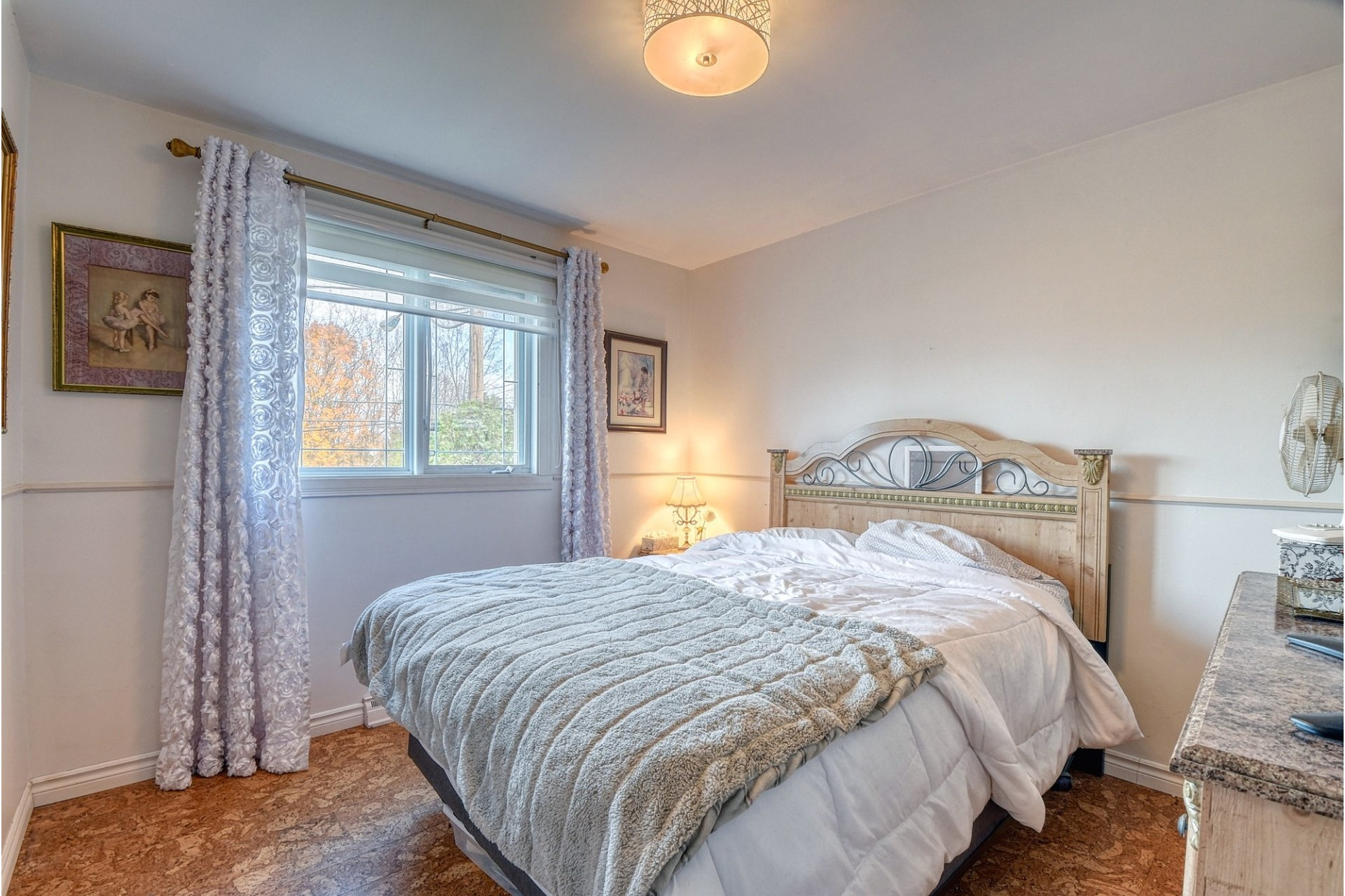 image 14 - House For sale Pincourt - 12 rooms