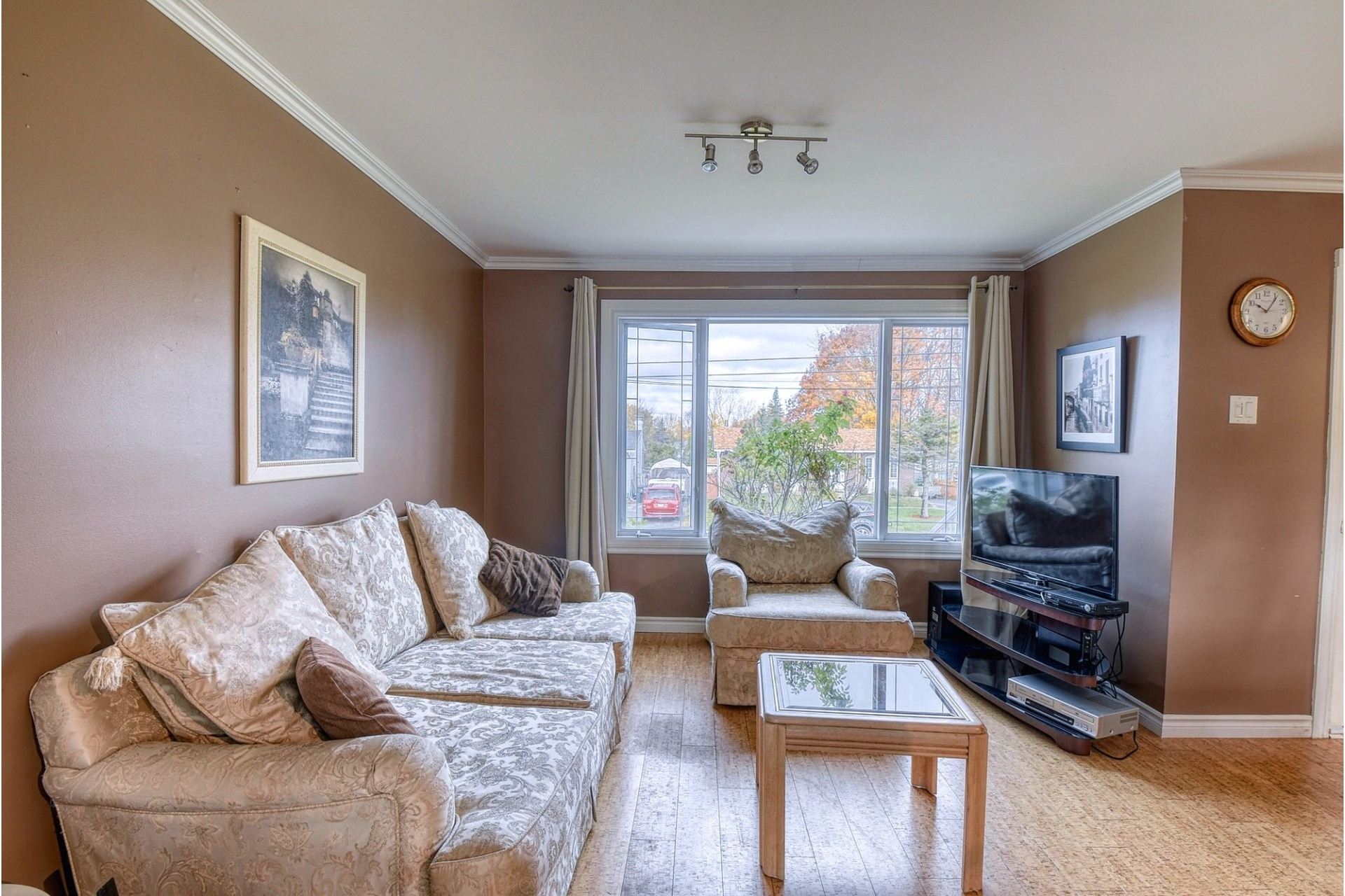 image 3 - House For sale Pincourt - 12 rooms