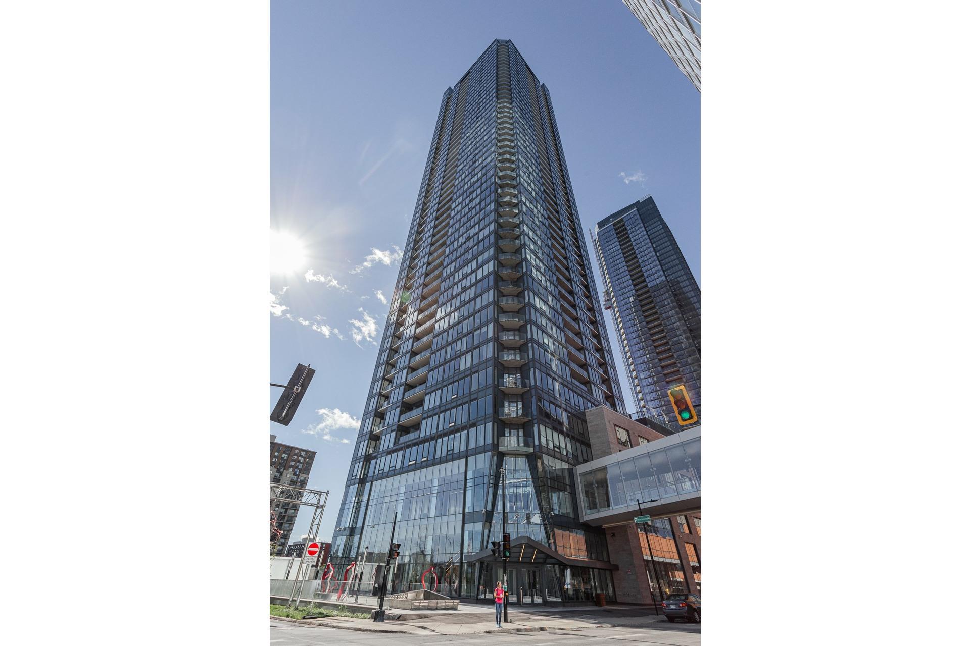 image 21 - Apartment For rent Ville-Marie Montréal  - 5 rooms