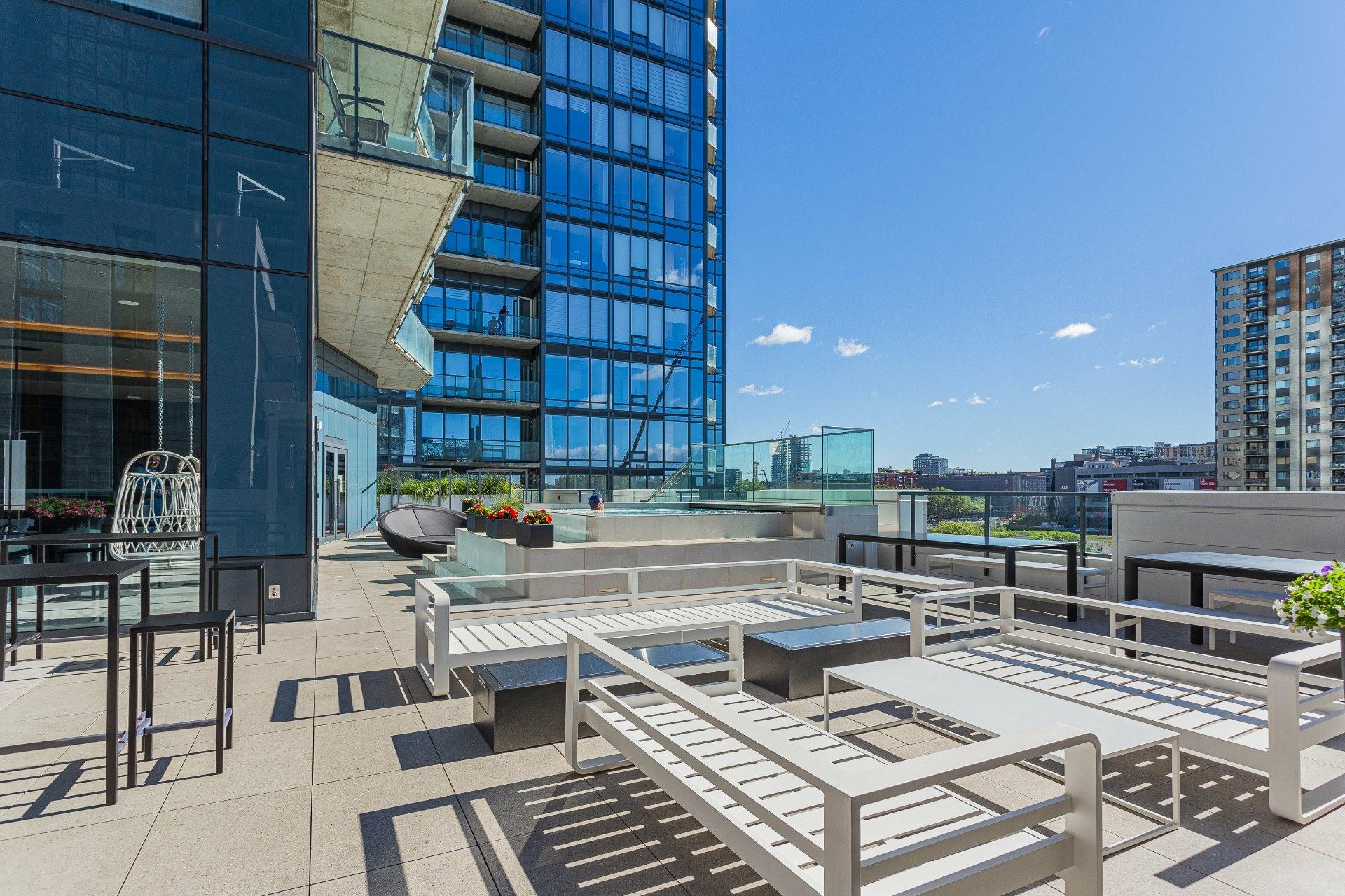 image 29 - Apartment For rent Ville-Marie Montréal  - 5 rooms