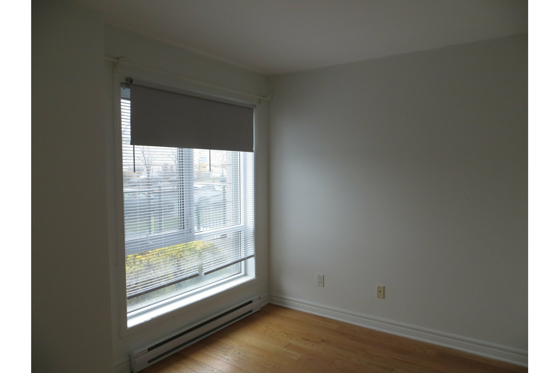 image 17 - Apartment For rent Laval-des-Rapides Laval  - 5 rooms