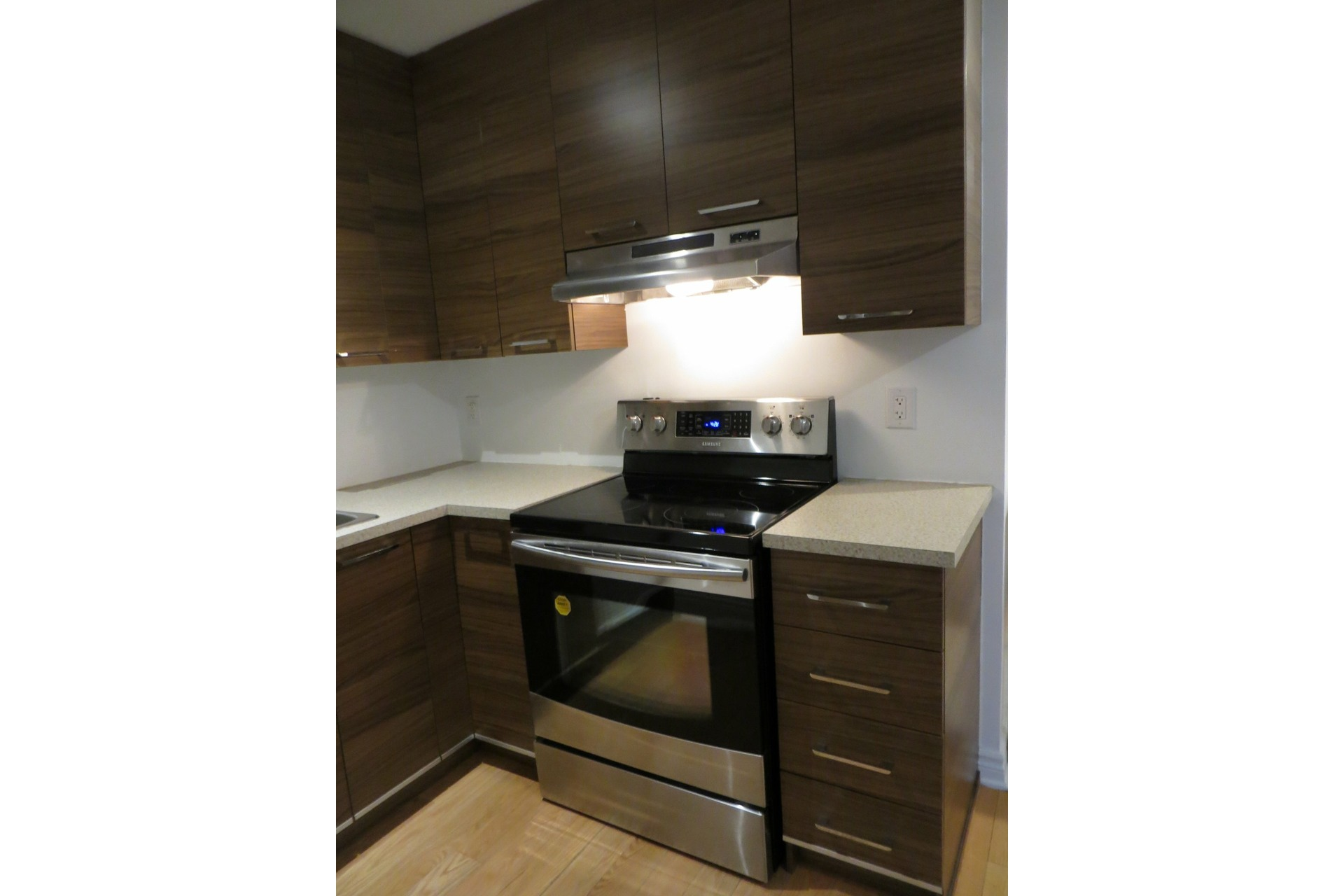image 14 - Apartment For rent Laval-des-Rapides Laval  - 5 rooms