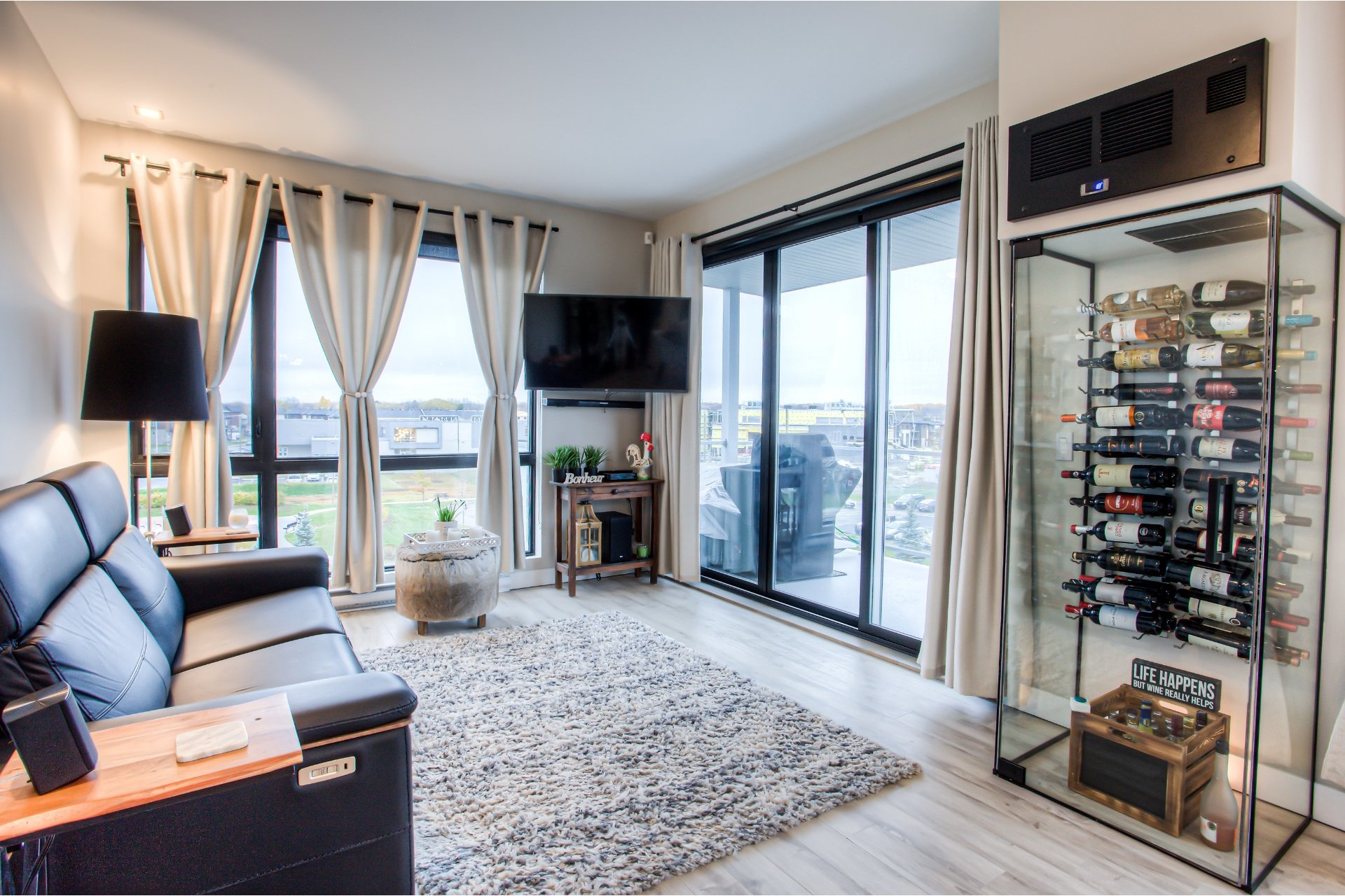 image 1 - Apartment For sale Vaudreuil-Dorion - 7 rooms