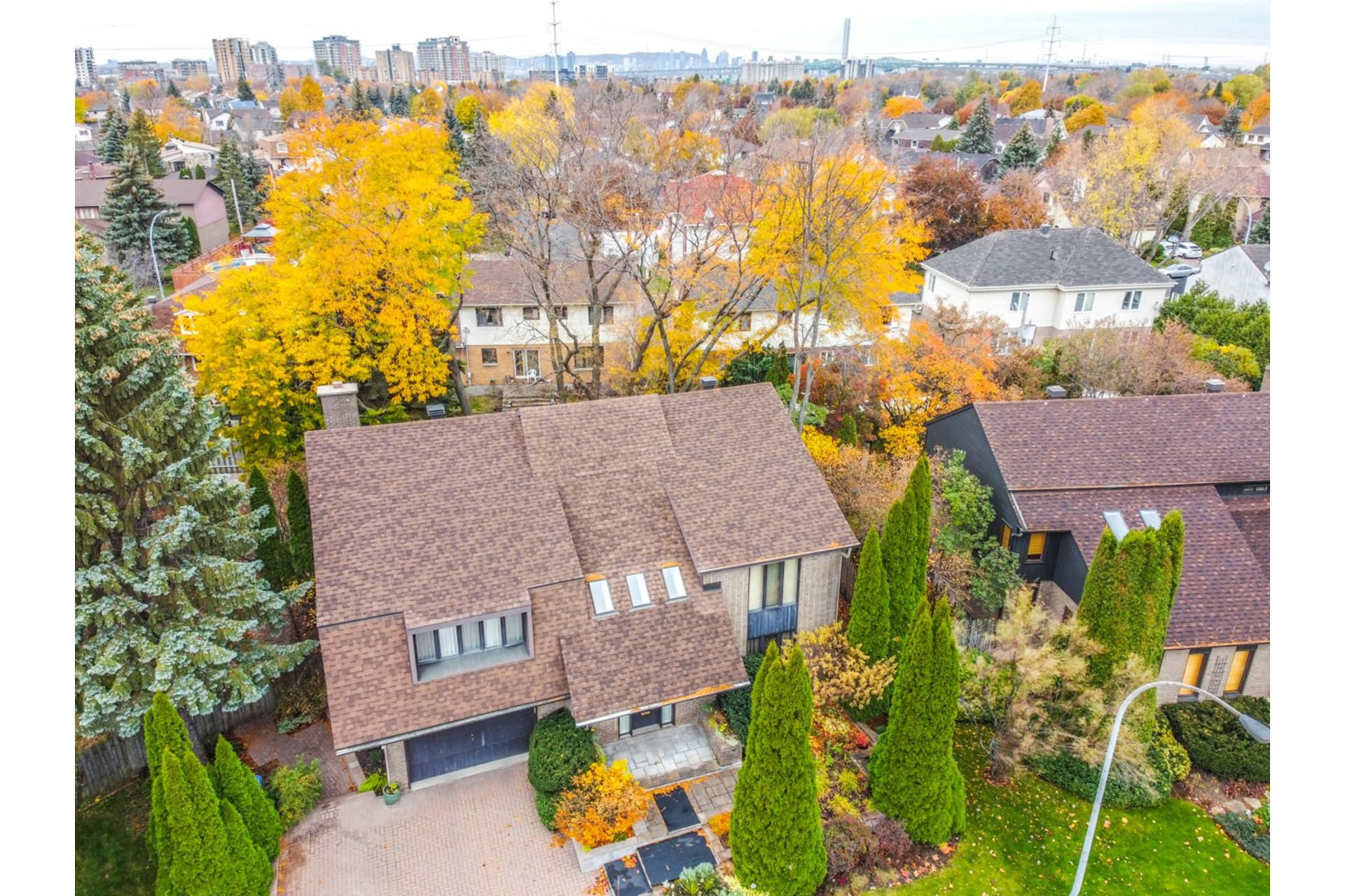 image 36 - House For sale Brossard - 10 rooms