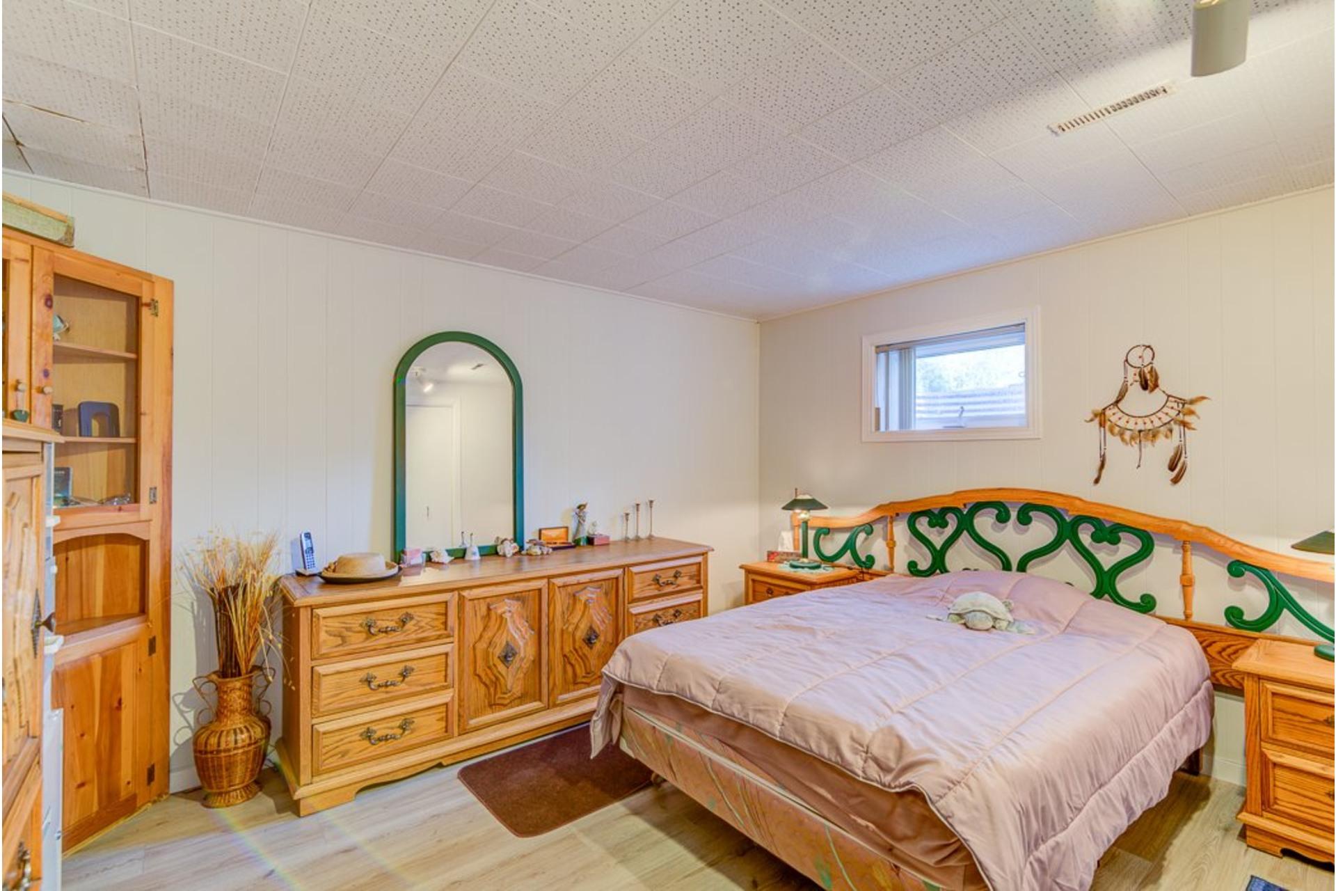 image 31 - Maison À vendre Sainte-Anne-des-Plaines - 12 pièces