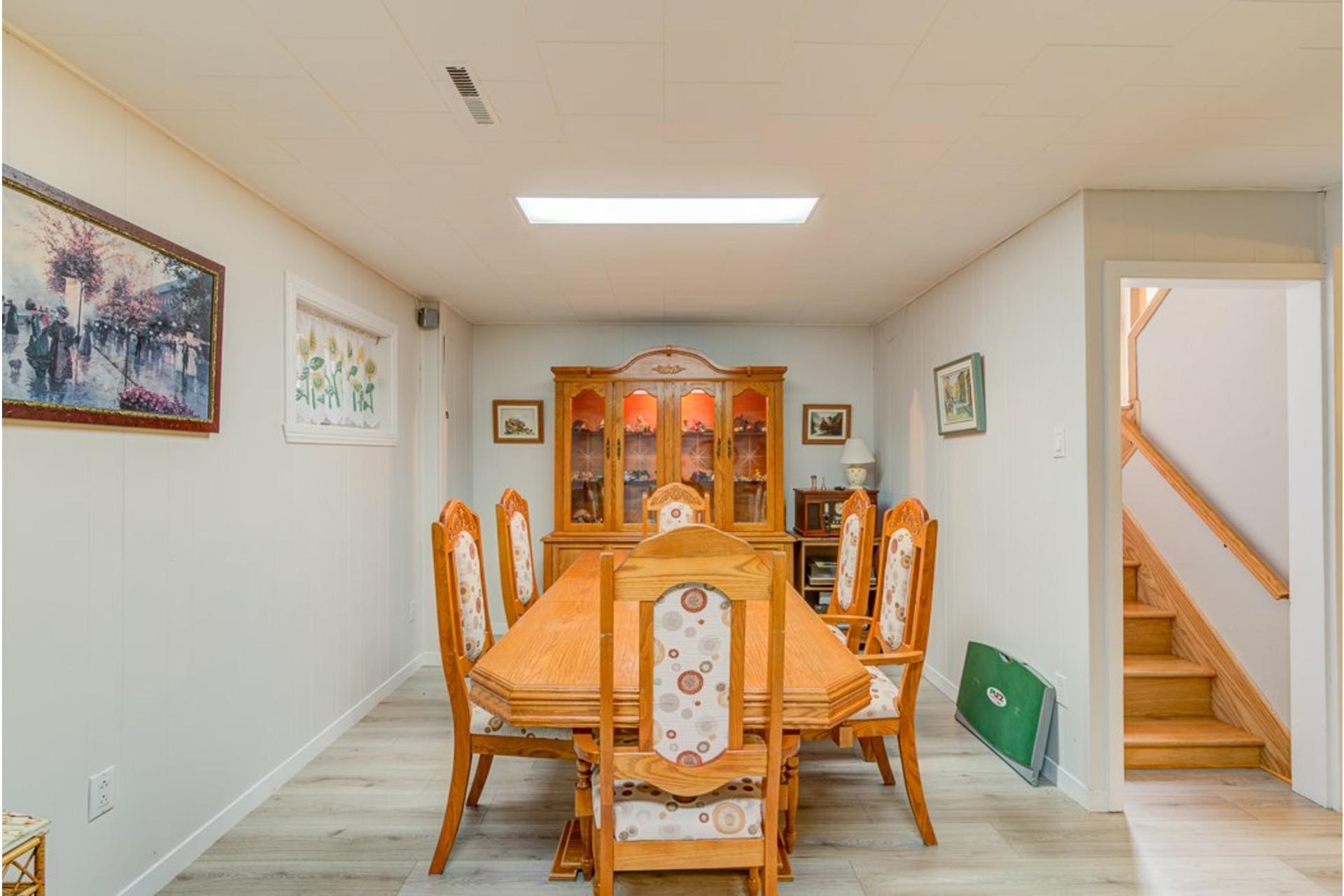 image 26 - Maison À vendre Sainte-Anne-des-Plaines - 12 pièces