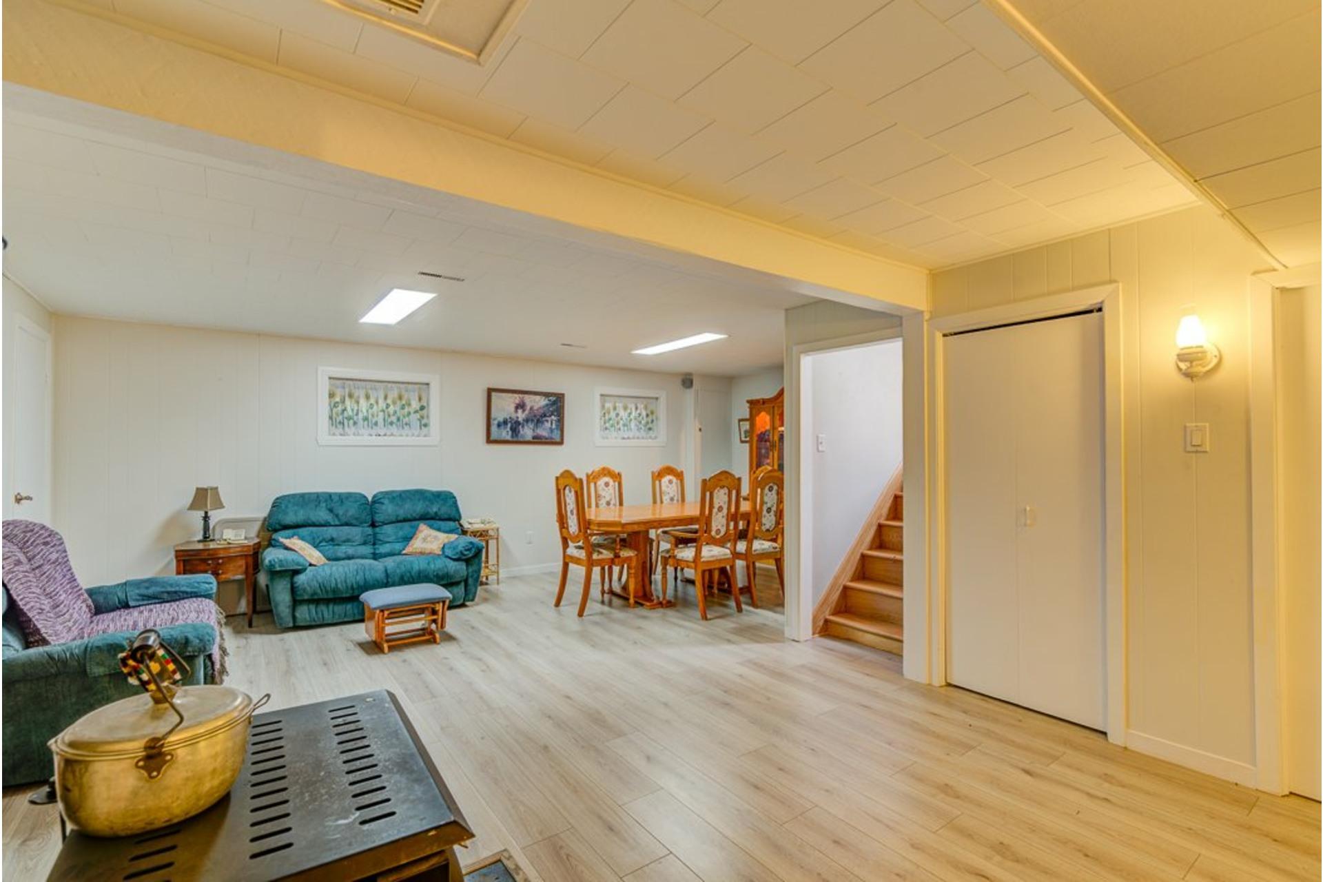 image 29 - Maison À vendre Sainte-Anne-des-Plaines - 12 pièces
