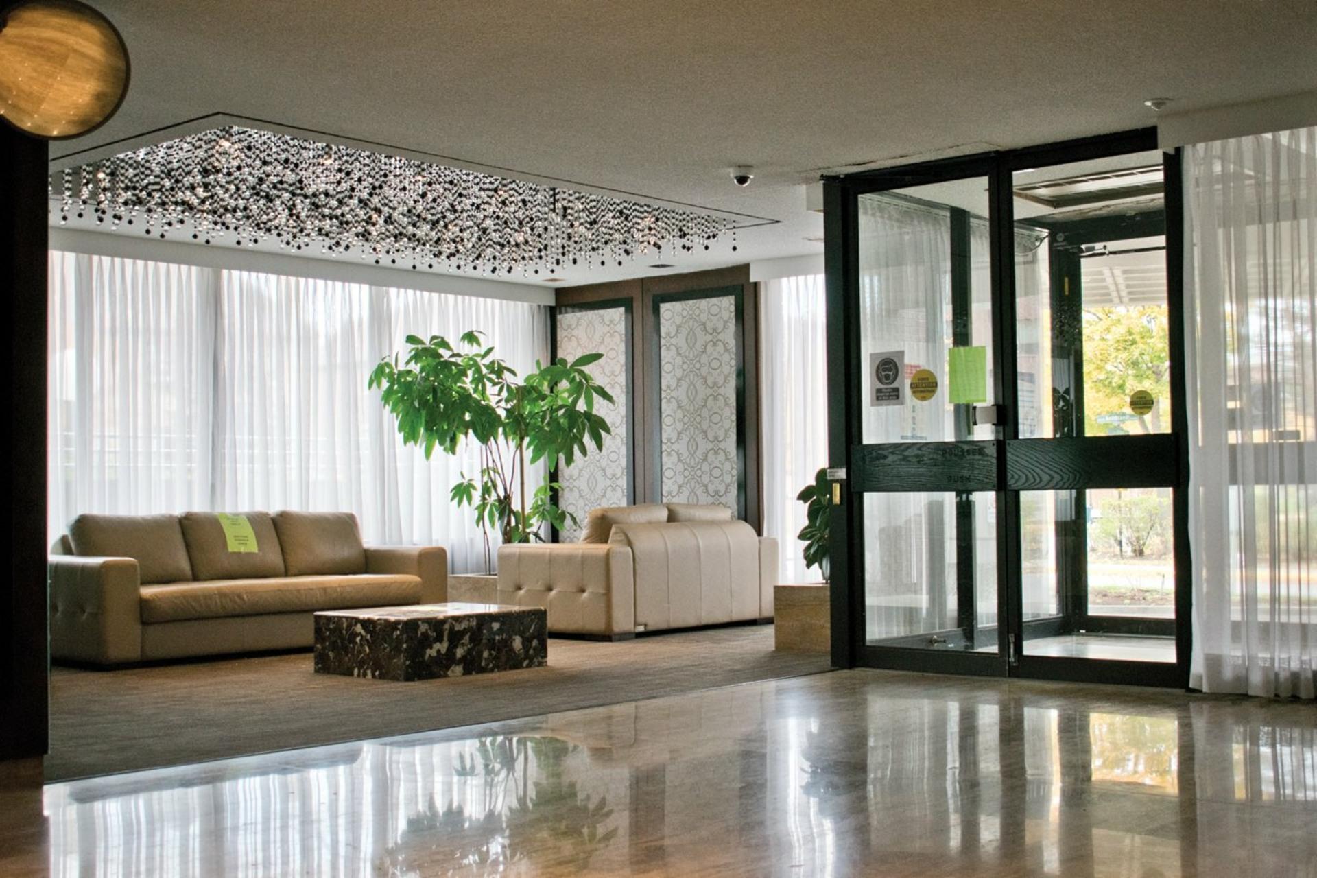image 19 - Apartment For sale Côte-Saint-Luc - 7 rooms