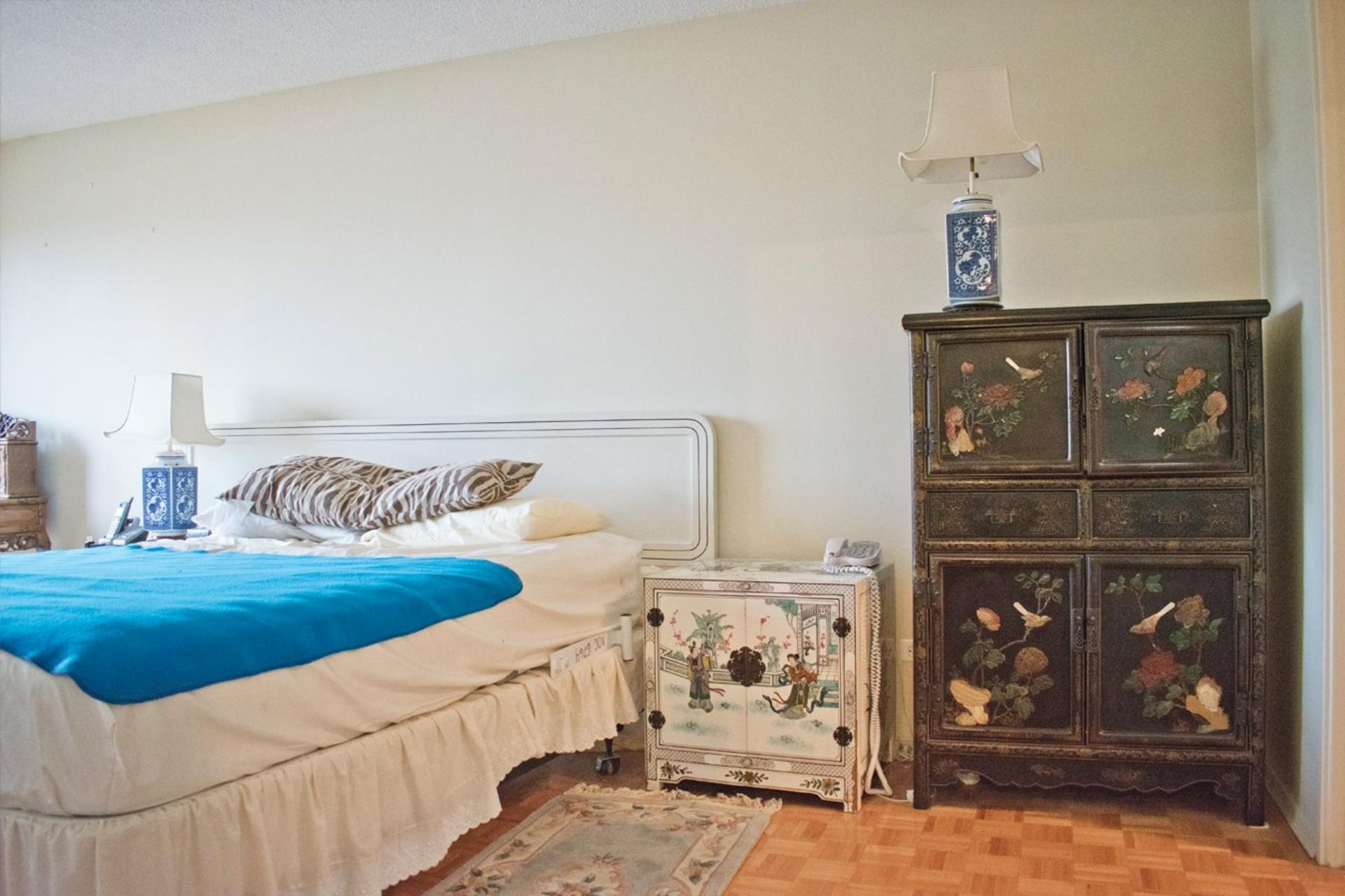 image 10 - Apartment For sale Côte-Saint-Luc - 7 rooms