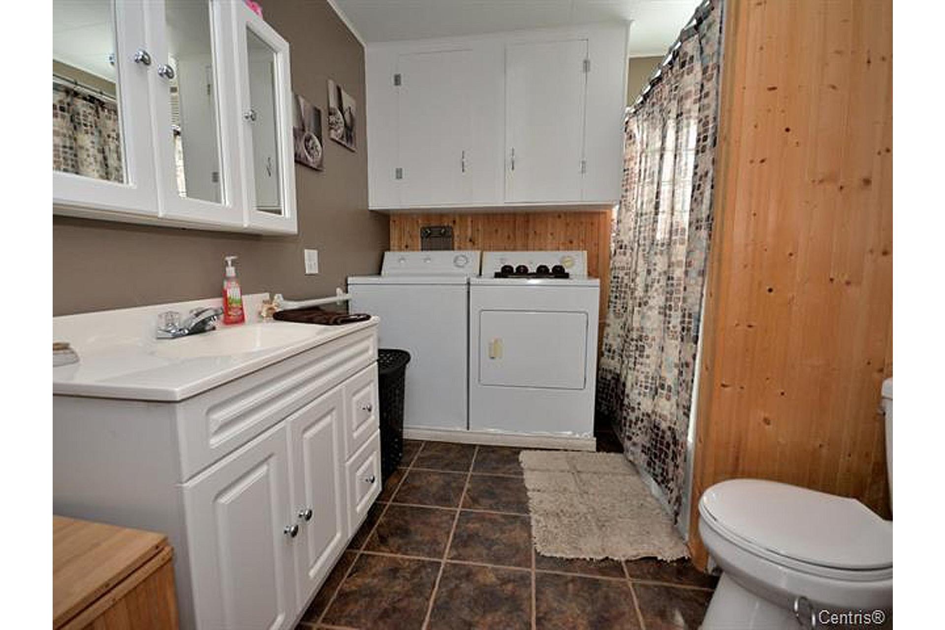 image 7 - House For sale Trois-Rivières - 8 rooms