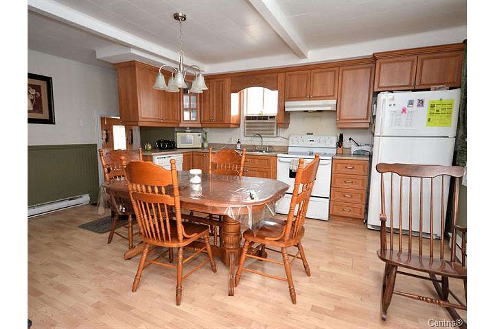 image 4 - House For sale Trois-Rivières - 8 rooms