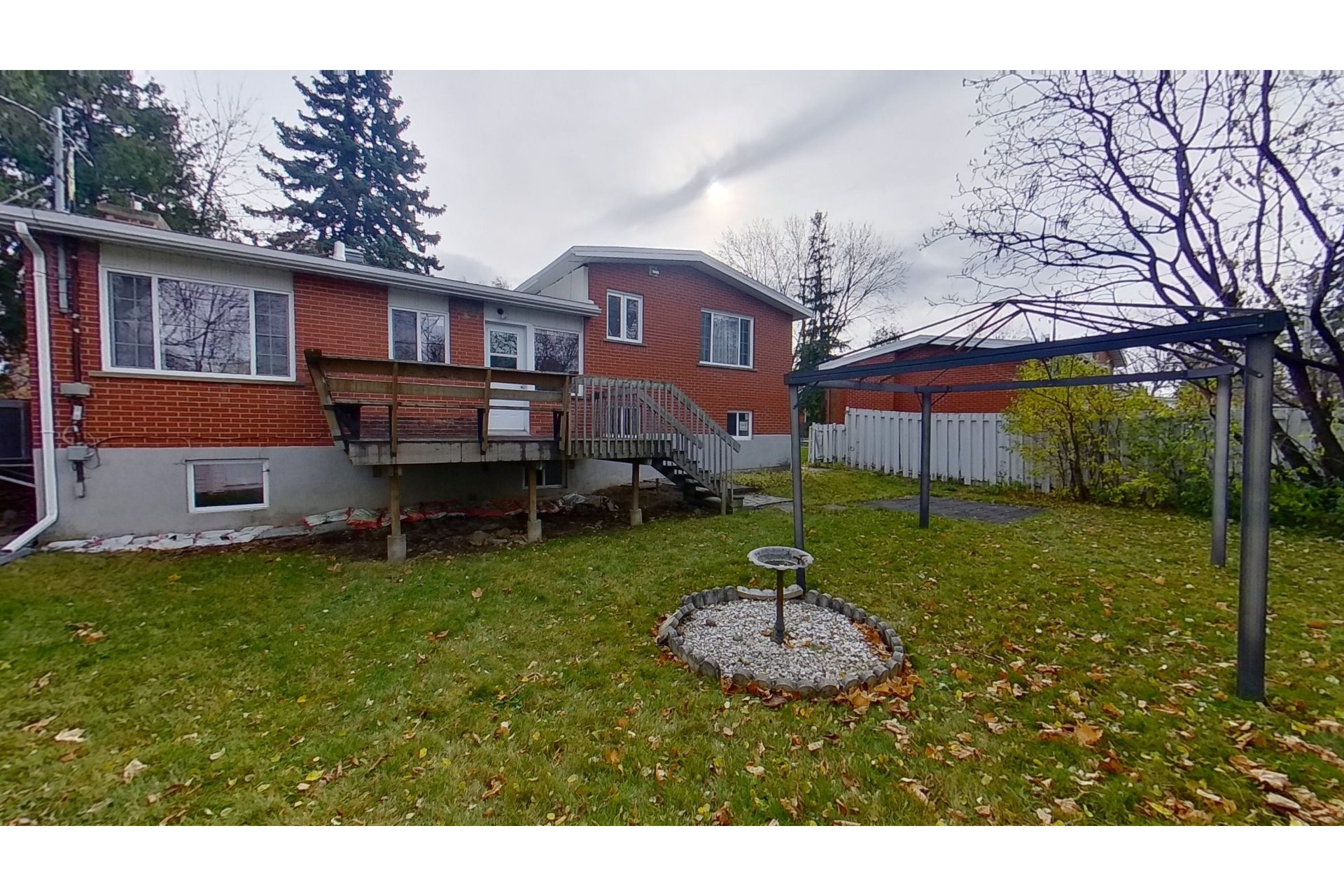 image 18 - House For sale Dollard-Des Ormeaux - 11 rooms