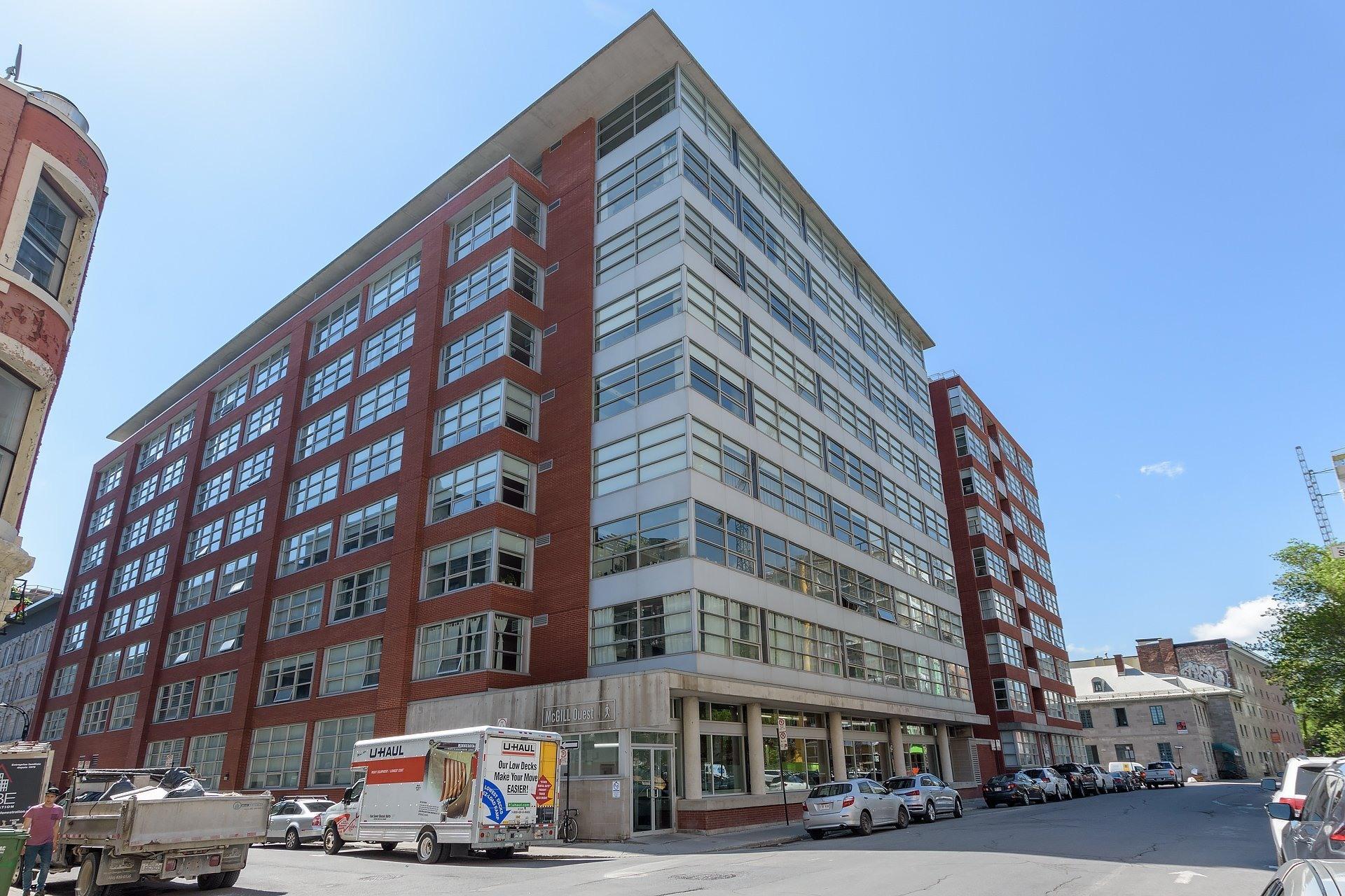 image 0 - Apartment For rent Ville-Marie Montréal  - 3 rooms