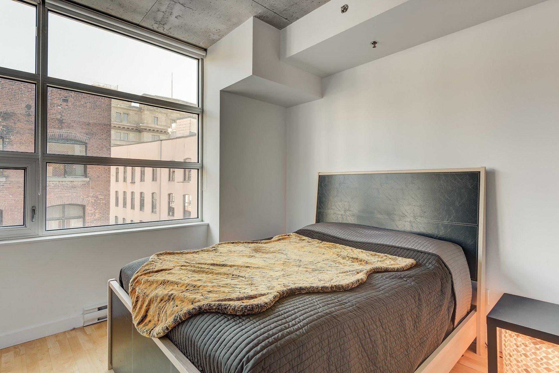 image 11 - Apartment For rent Ville-Marie Montréal  - 3 rooms
