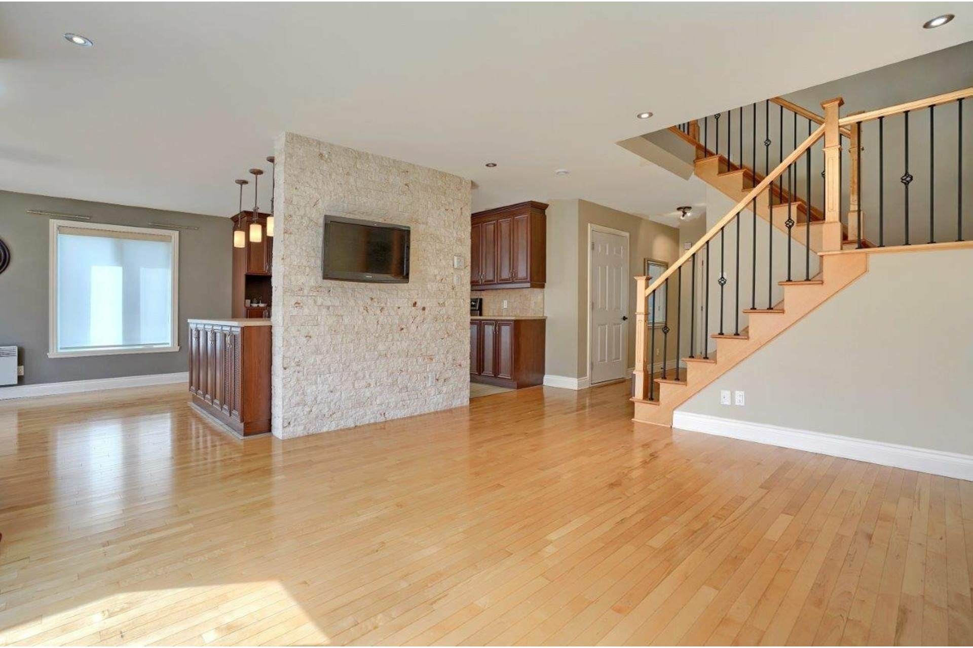 image 3 - House For sale Brossard - 9 rooms