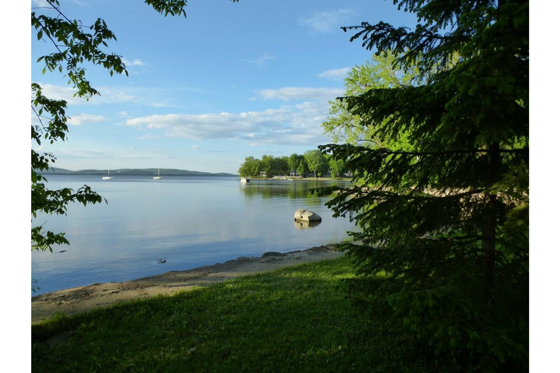 image 1 - Land For sale Vaudreuil-sur-le-Lac