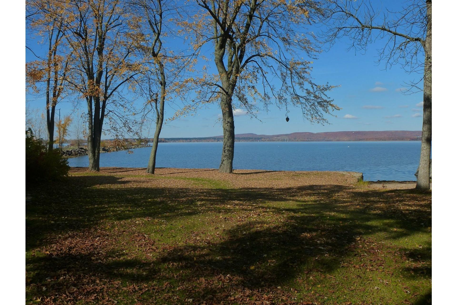 image 0 - Land For sale Vaudreuil-sur-le-Lac
